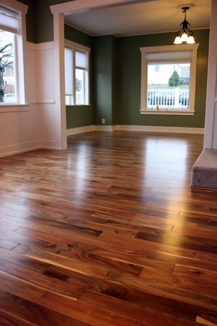 Rovin 39 s hardwood flooring inc in chicago il 60618 for Wood flooring illinois