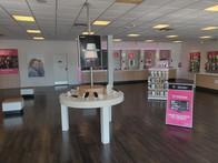 Interior photo of T-Mobile Store at Cedar Ridge & Wheatland Rd, Duncanville, TX
