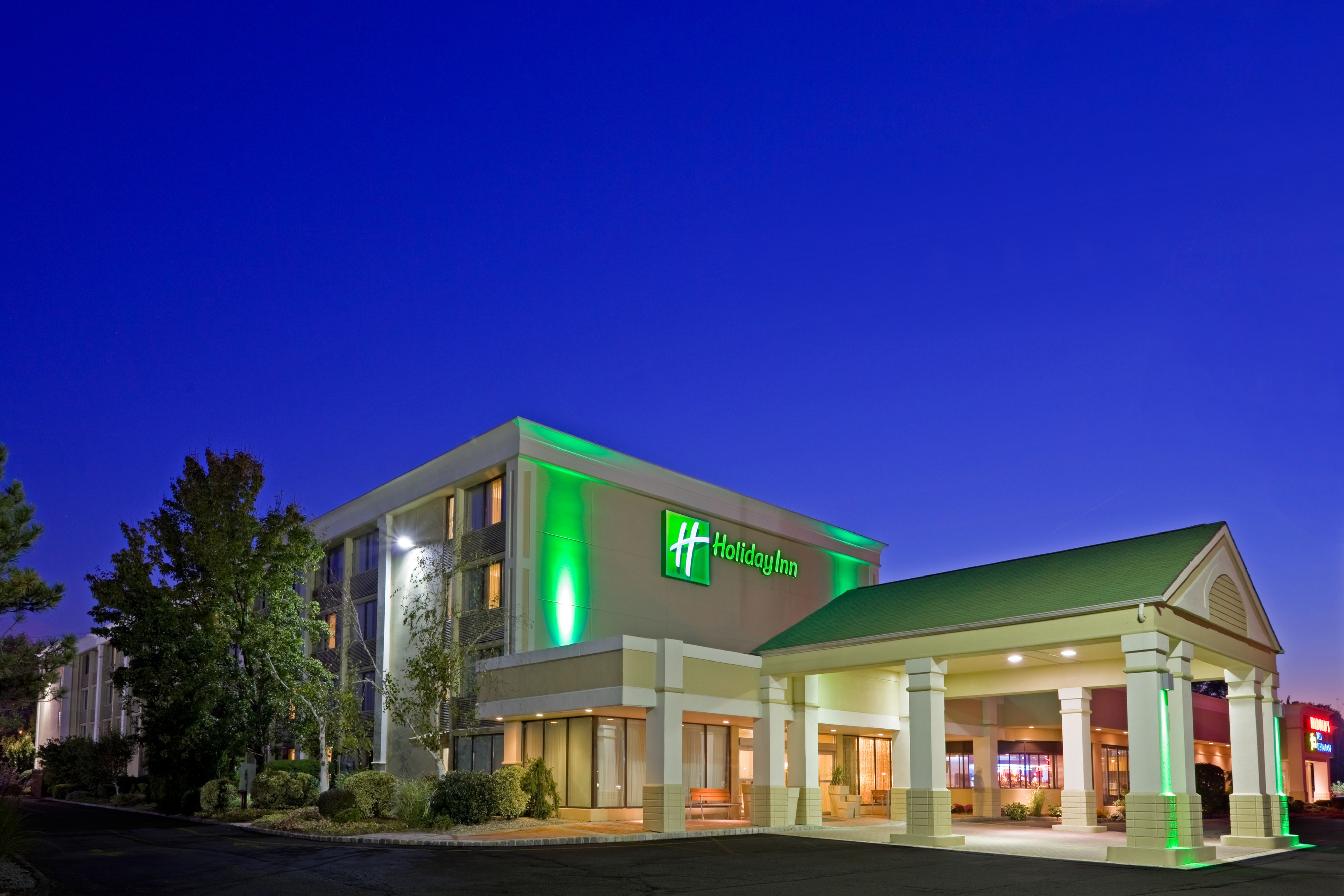Holiday Inn Hotel And Suites Parsippany Fairfield