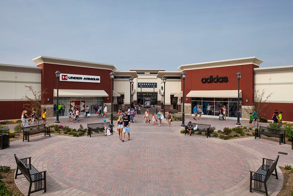The Mills at Jersey Gardens is located in Elizabeth, New Jersey and offers stores - Scroll down for The Mills at Jersey Gardens outlet shopping information: store list, locations, outlet .