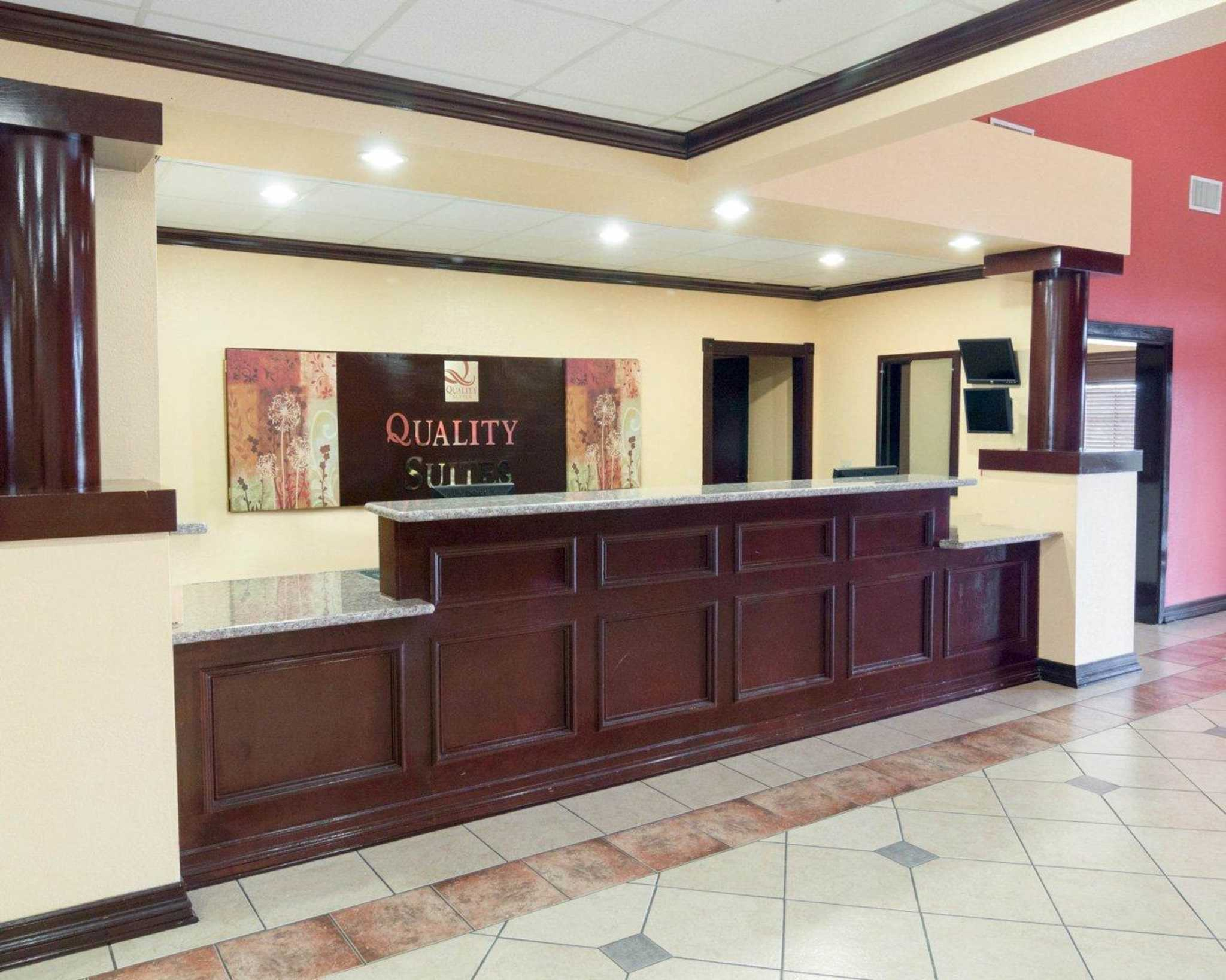 Quality Suites Intercontinental Airport West Houston