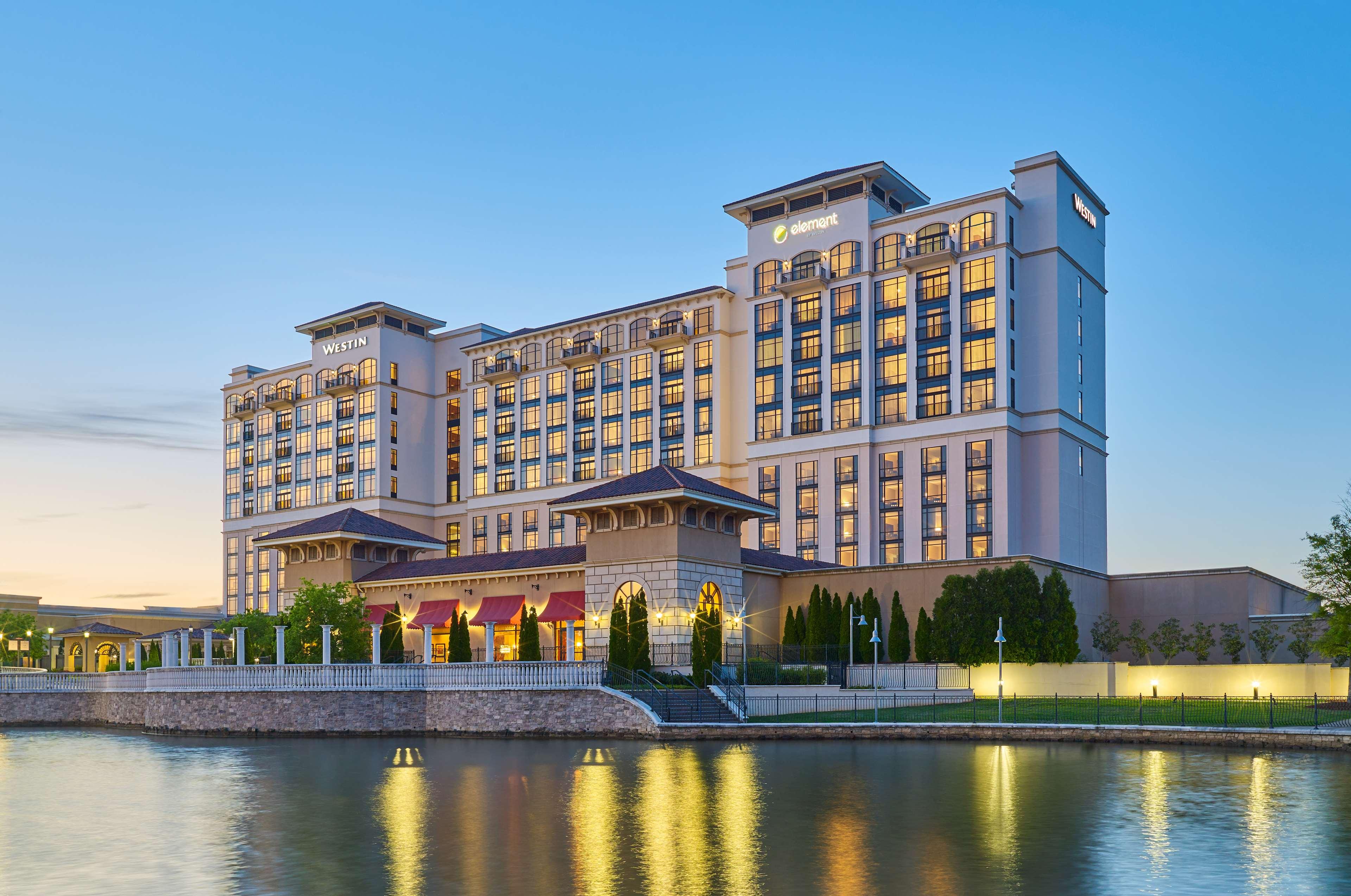 Hotels Near Huntsville