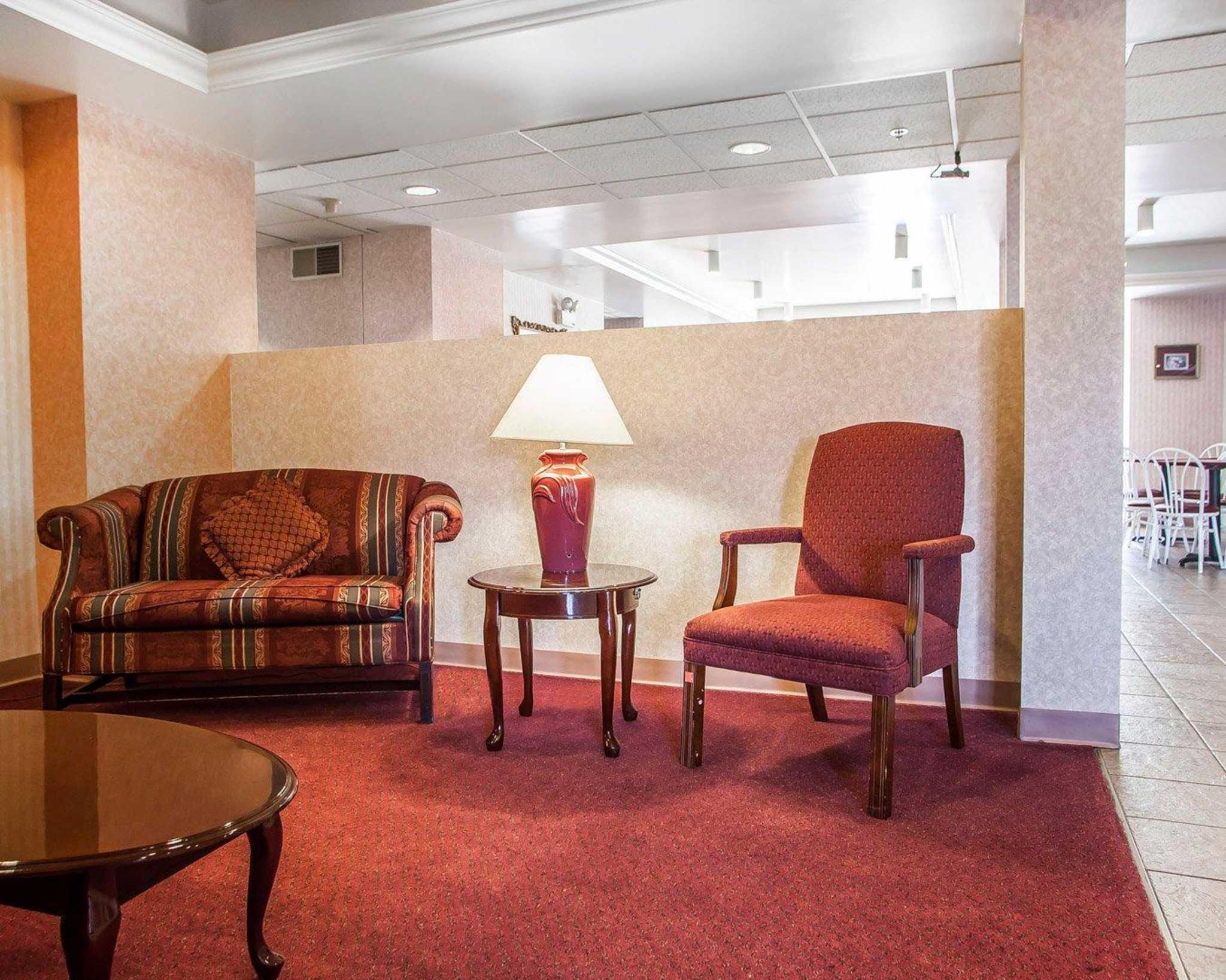 Hotels Near Frystown Pa