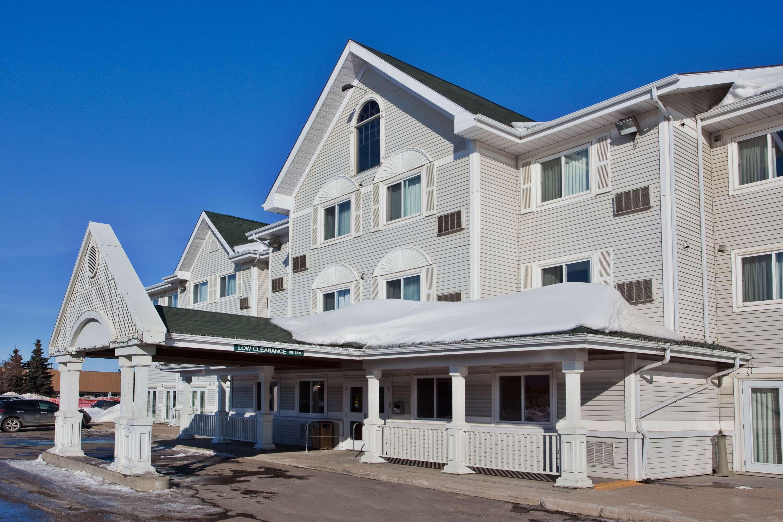 Country Inn & Suites by Radisson, Saskatoon, SK in Saskatoon: Exterior