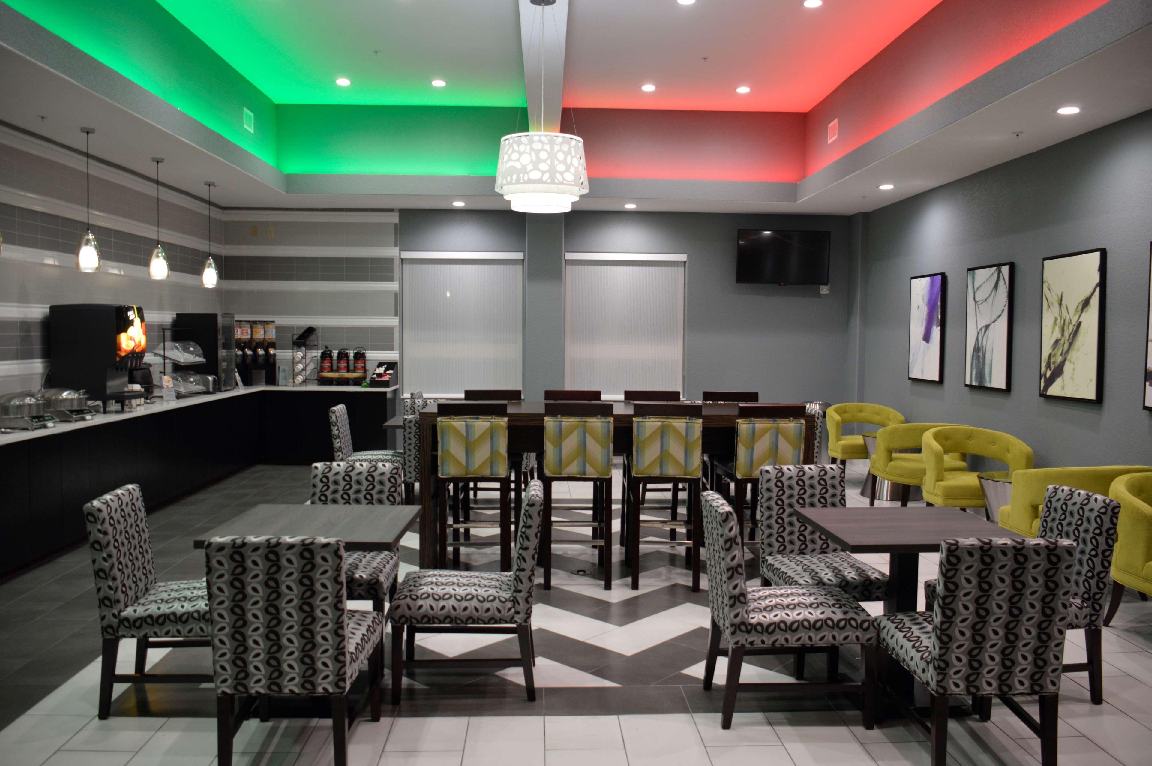 Best Western Plus Pflugerville Inn & Suites, Pflugerville ...
