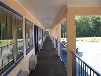 Ponce De Leon Motor Lodge - Ponce de Leon, FL
