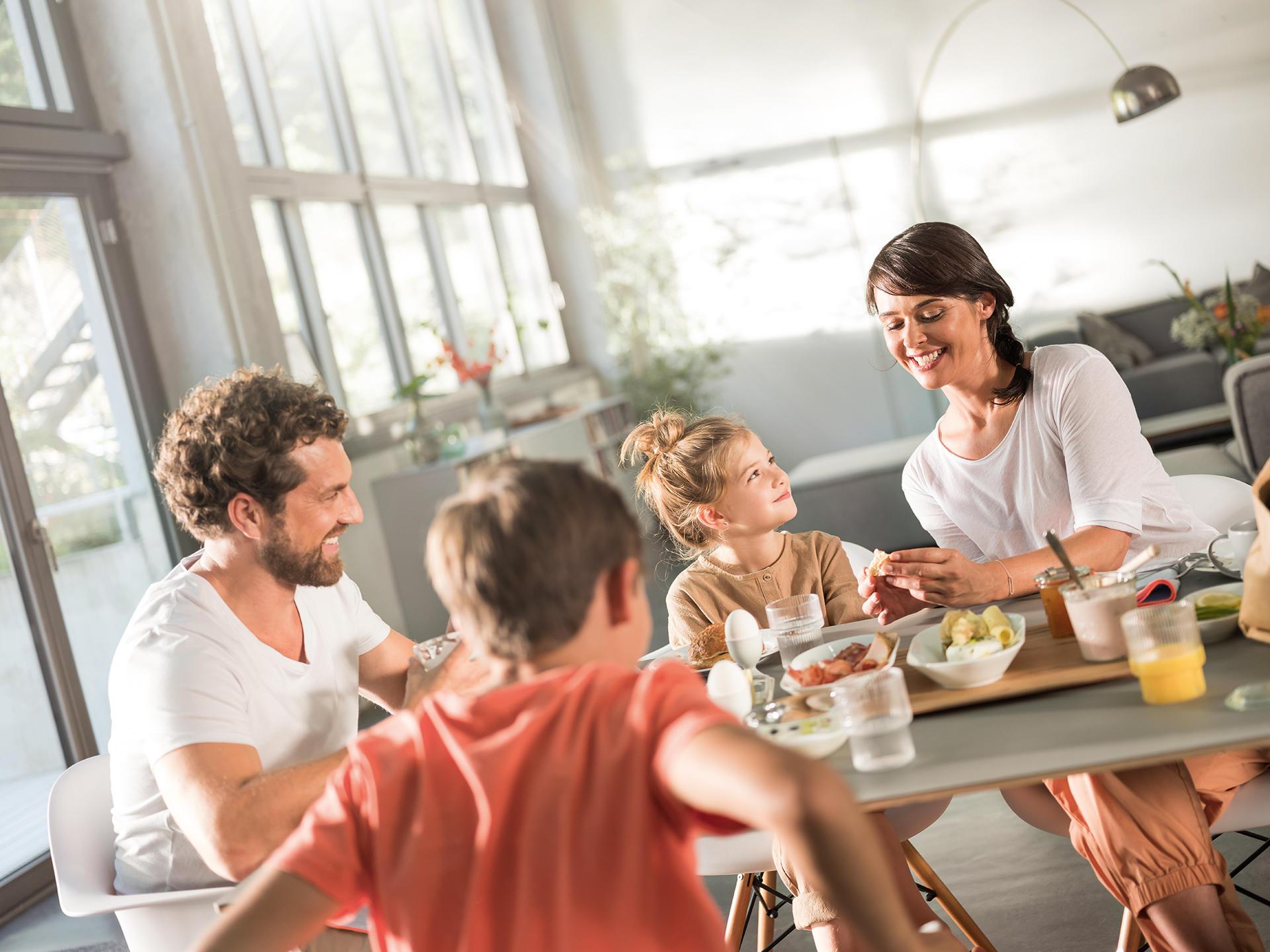 Morgengold Frühstückdienste ist Ihr Brötchenlieferservice in Kulmbach, Kupferberg, Bayreuth, Pegnitz, Mainleus, Neuenmarkt und Umgebung. Wir liefern Ihnen frische Brötchen direkt an die Haustüre - auch an Sonntagen und Feiertagen.   Frühstück bestellen, Frühstücksservice, Frühstück Lieferservice, Brötchen Lieferservice, Brötchen an die Haustüre, Brötchenservice, Brötchen bestellen, Frühstück liefern lassen, Brot online bestellen, Frühstücksdienst, Brötchenbringdienst, Frühstück nach Hause liefern lassen, Brötchendienst, Lieferservice Frühstück, Frühstückslieferdienst, Brötchen Lieferservice, Lieferdienst Frühstück, brunch lieferservice, sonntagsbrötchen, mobiler frühstücksservice, semmeln liefern lassen, brunch nach hause liefern lassen, brot nach hause liefern, brötchen bring service, online frühstück bestellen, semmel lieferservice, frühstück zum liefern, frühstück bringdienst, brötchen bringservice, lieferservice brötchen, brot lieferservice, Lieferservice Corona Virus, Lieferdienst Corona Virus, Lieferservice COVID-19, Lieferdienst COVID-19, Frühstücksdienst in meiner Nähe, Frühstück Lieferservice, Frühstück Lieferservice in meiner Nähe, brötchen online bestellen, brot bestellen