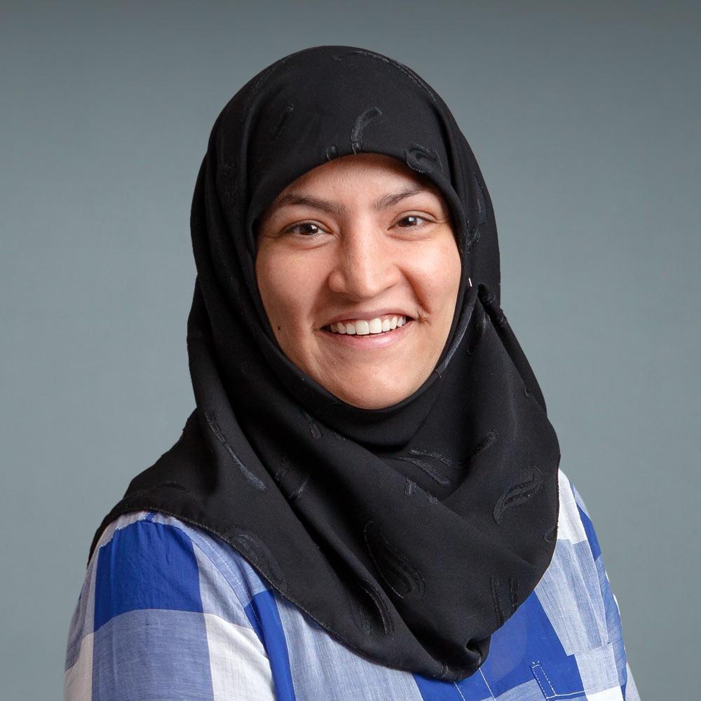 Hina Naqvi