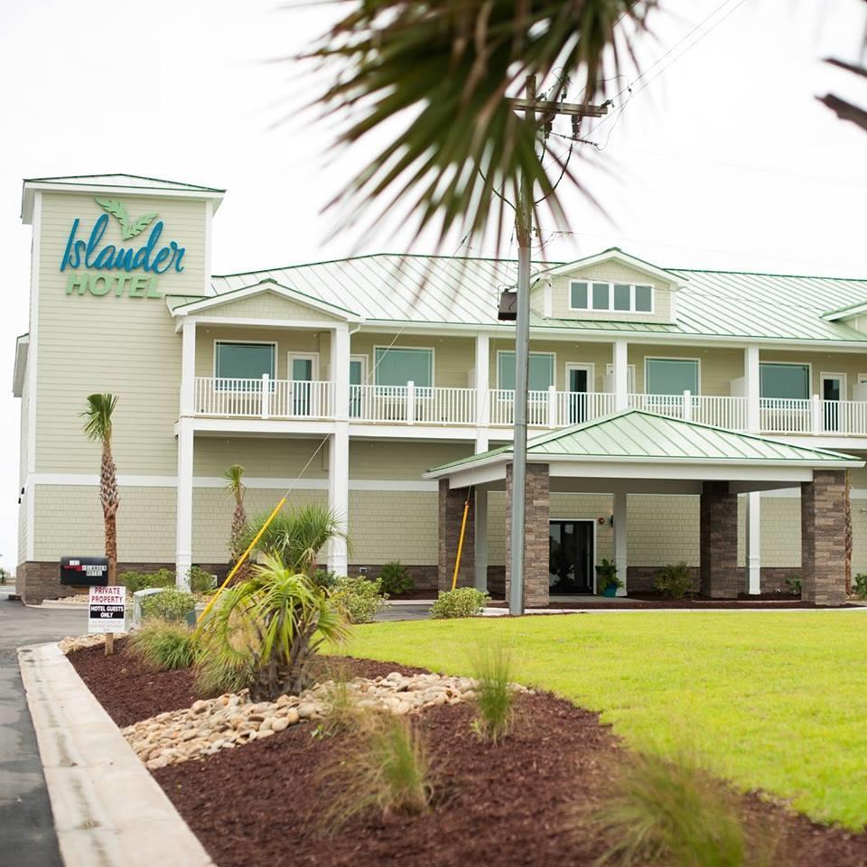 islander hotel resort in emerald isle nc 28594. Black Bedroom Furniture Sets. Home Design Ideas