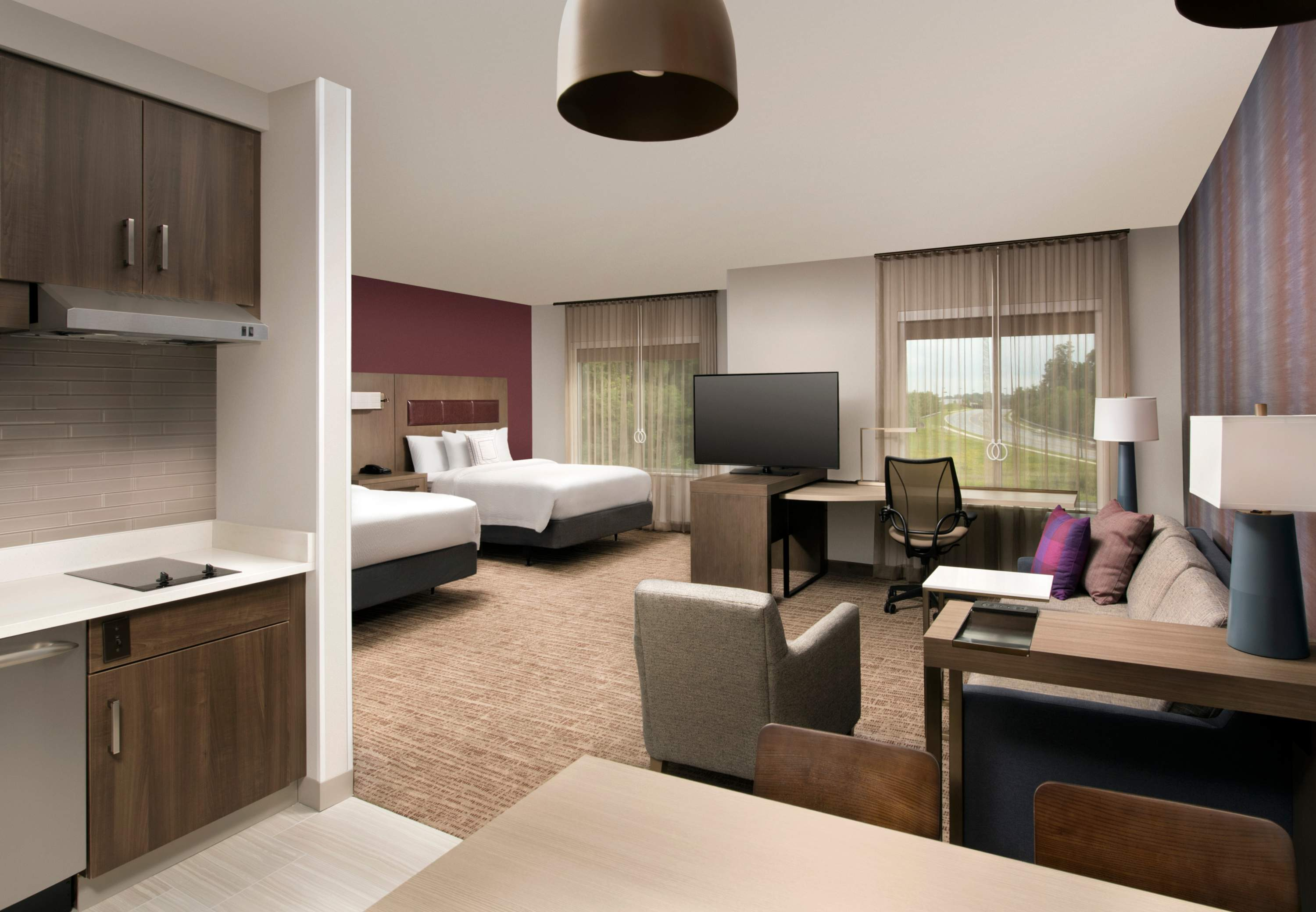 Hotels Near Discover Mills