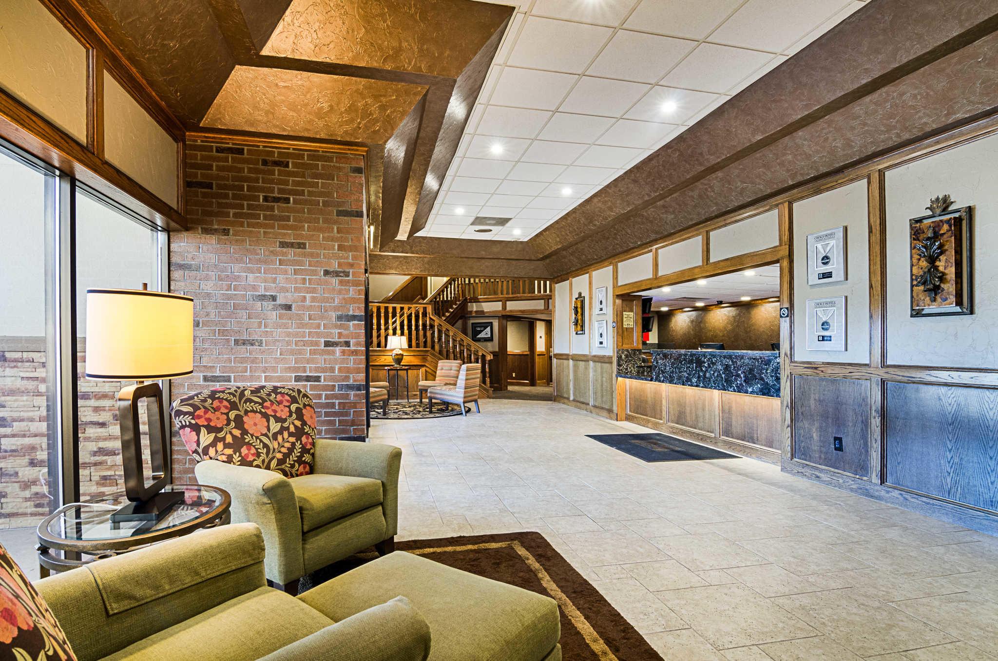 Clarion Inn Garden City Kansas Ks