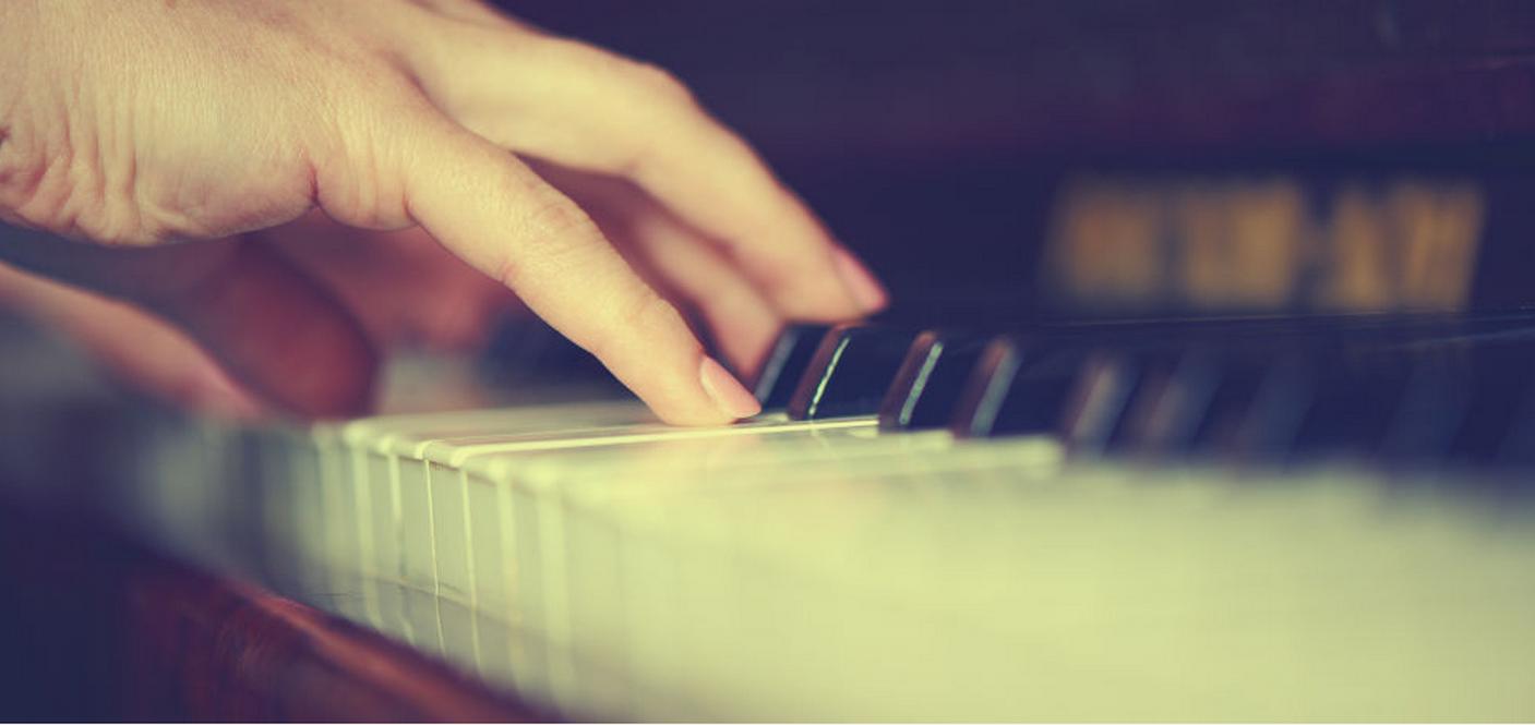 Novotný Pavel - ladění a opravy klavírů