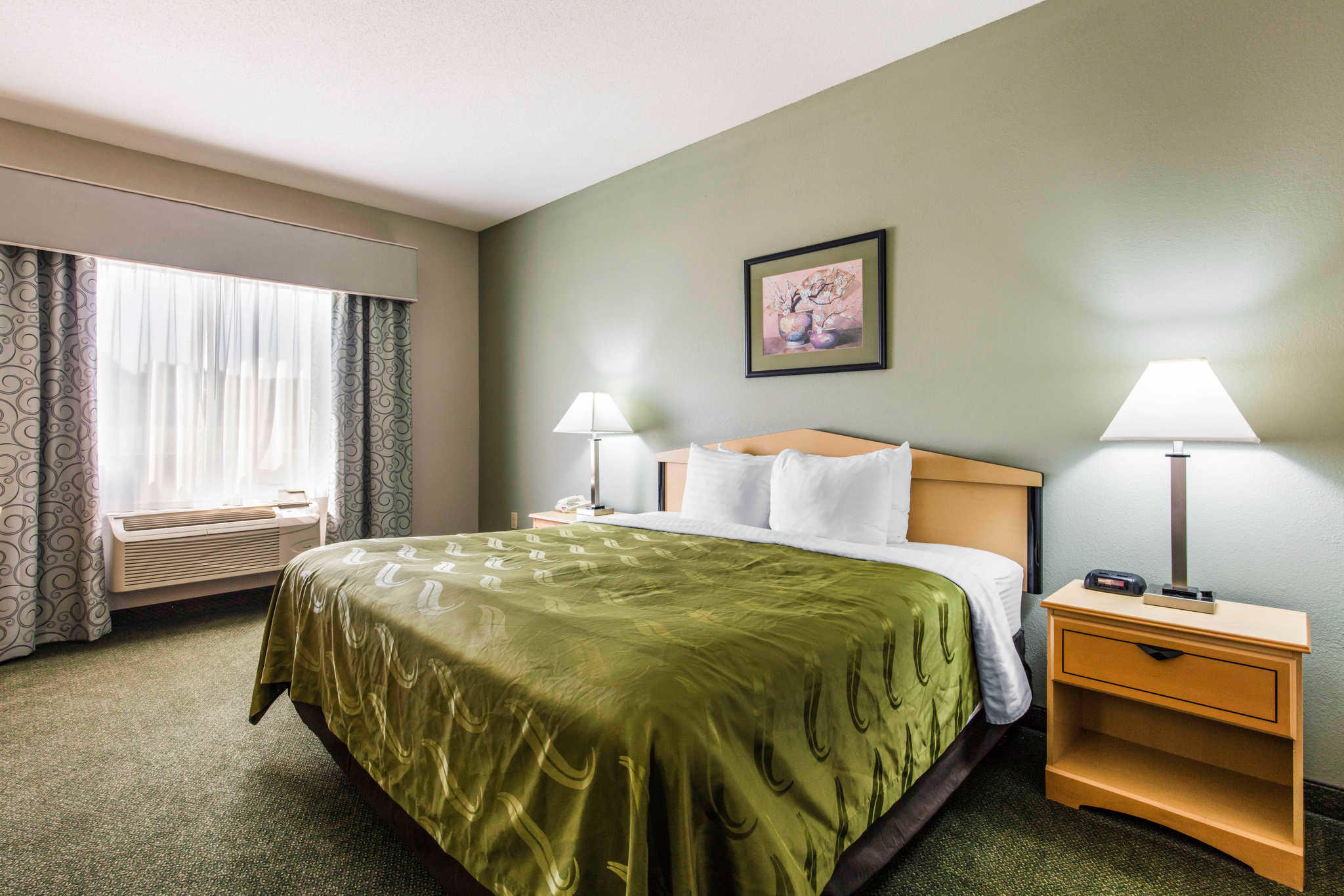 Quality Inn Amp Suites Jackson Intl Airport In Pearl MS