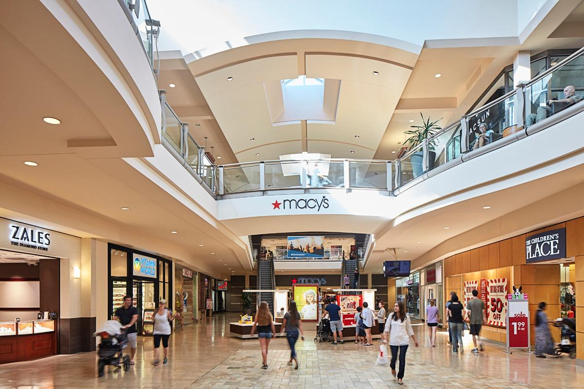 The Shops at Mission Viejo is conveniently located at the intersection of the I-5 and Crown Valley Parkway in the city of Mission Viejo. With over stores and restaurants, The Shops at Mission Viejo is south Orange County's main shopping destination/5().