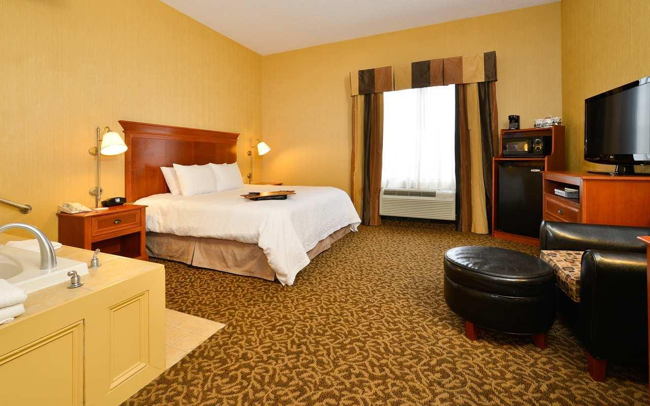 Hampton Inn Utica  Utica New York  Ny