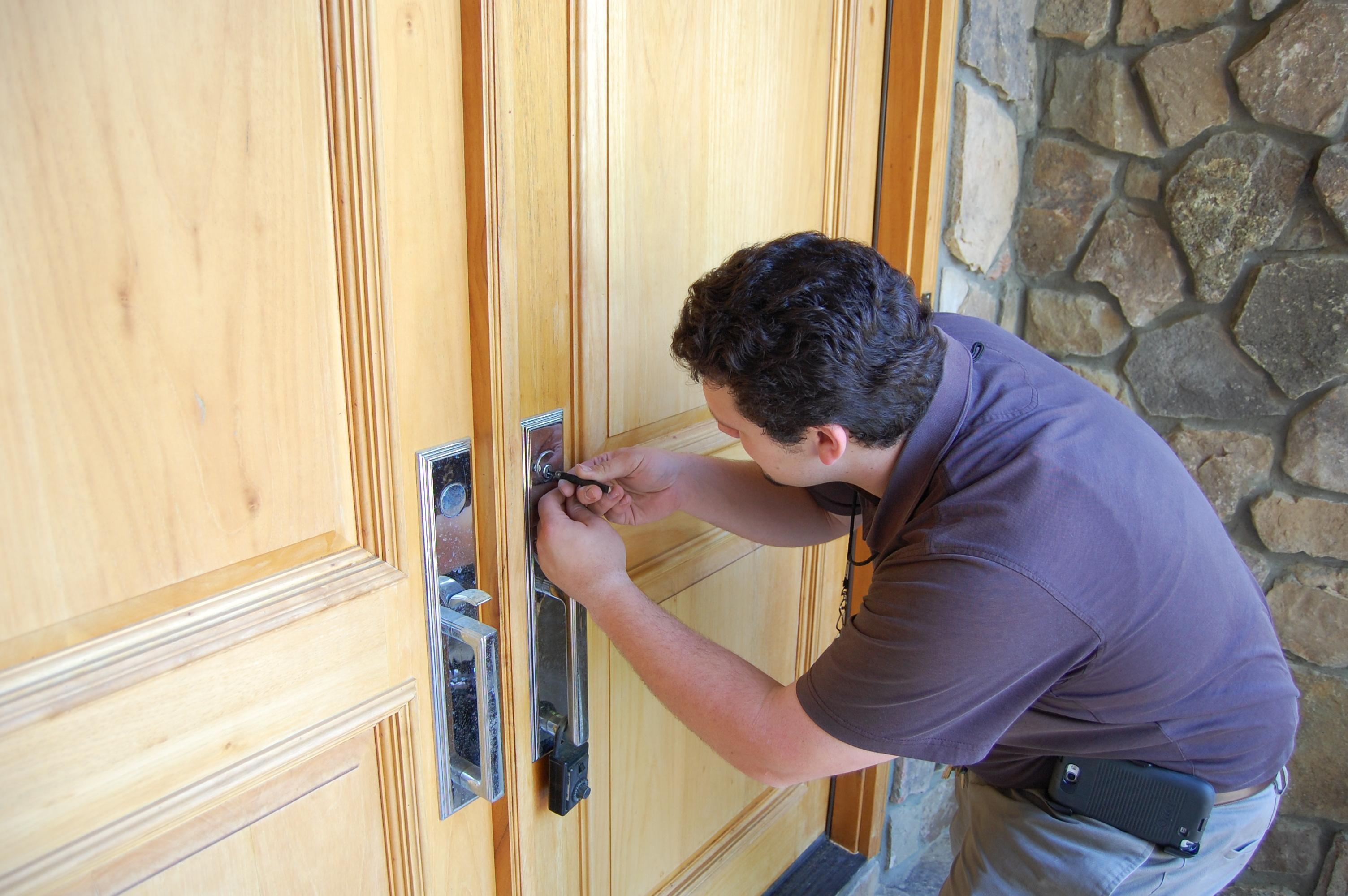Apex Lock and Key Locksmith image 4
