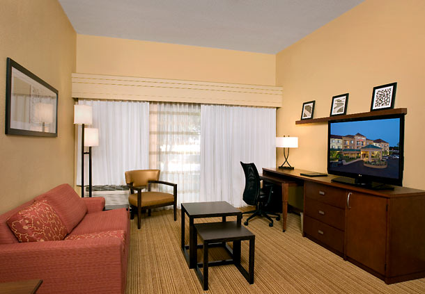 Outback Tupelo Ms >> Courtyard by Marriott Tupelo, Tupelo Mississippi (MS) - LocalDatabase.com