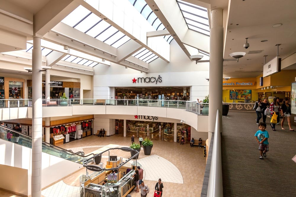 The Shops At Montebello® features Macy's, Macy's Home, H&M, Forever 21, JCPenney, COACH, Steve Madden, Cotton On and Hollister plus more than specialty retailers. We also feature several restaurants such as BJ's Restaurant and Brewhouse, Hikari Sushi, Panda Express and The Olive Garden.3/5().