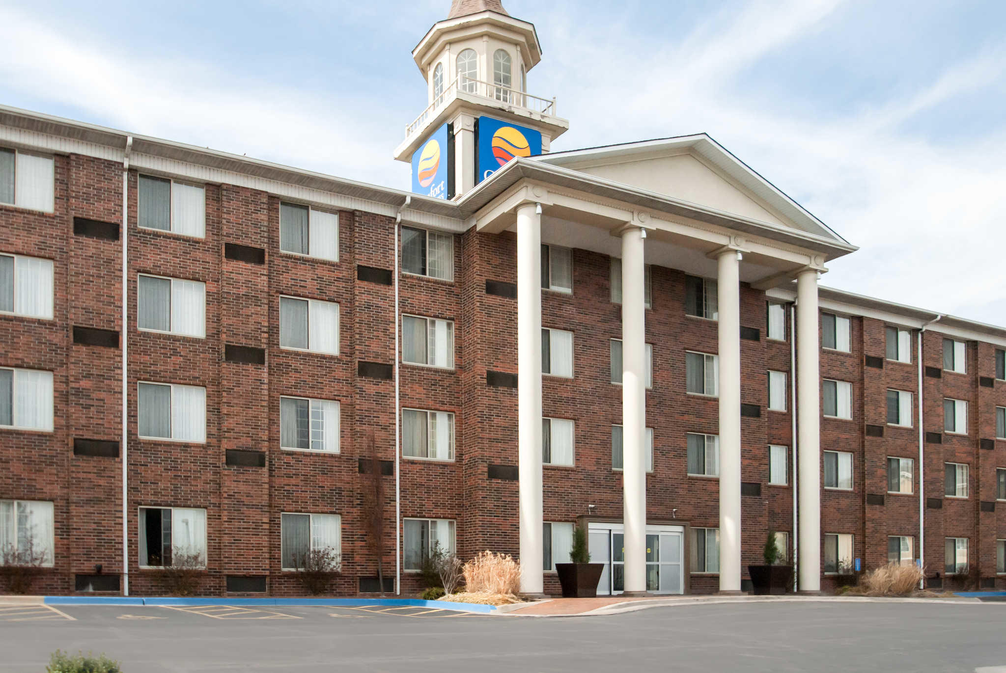 Comfort Inn Amp Suites Overland Park Kansas City South