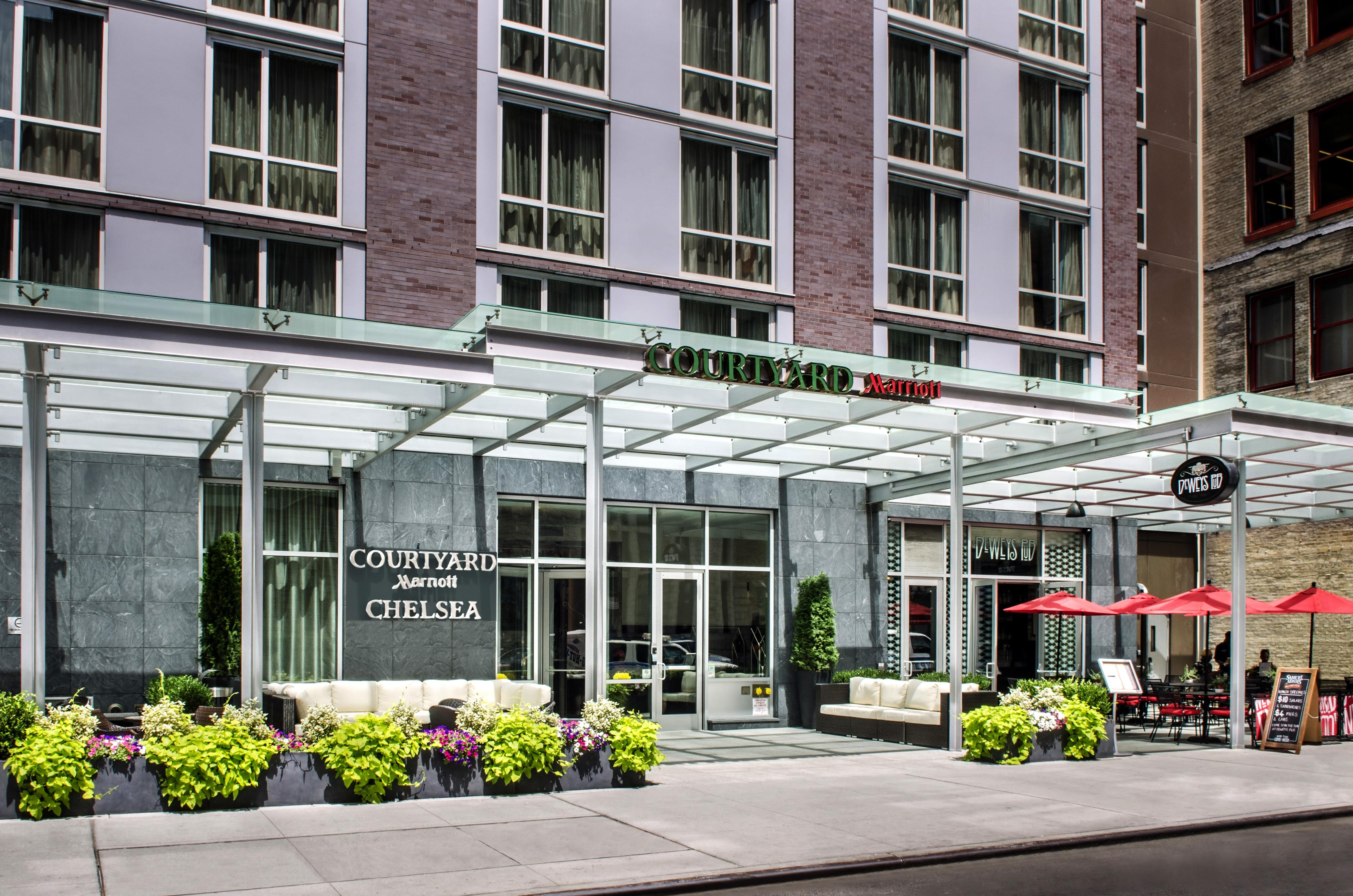 Courtyard by marriott new york manhattan chelsea new york Hilton garden inn new york manhattan chelsea