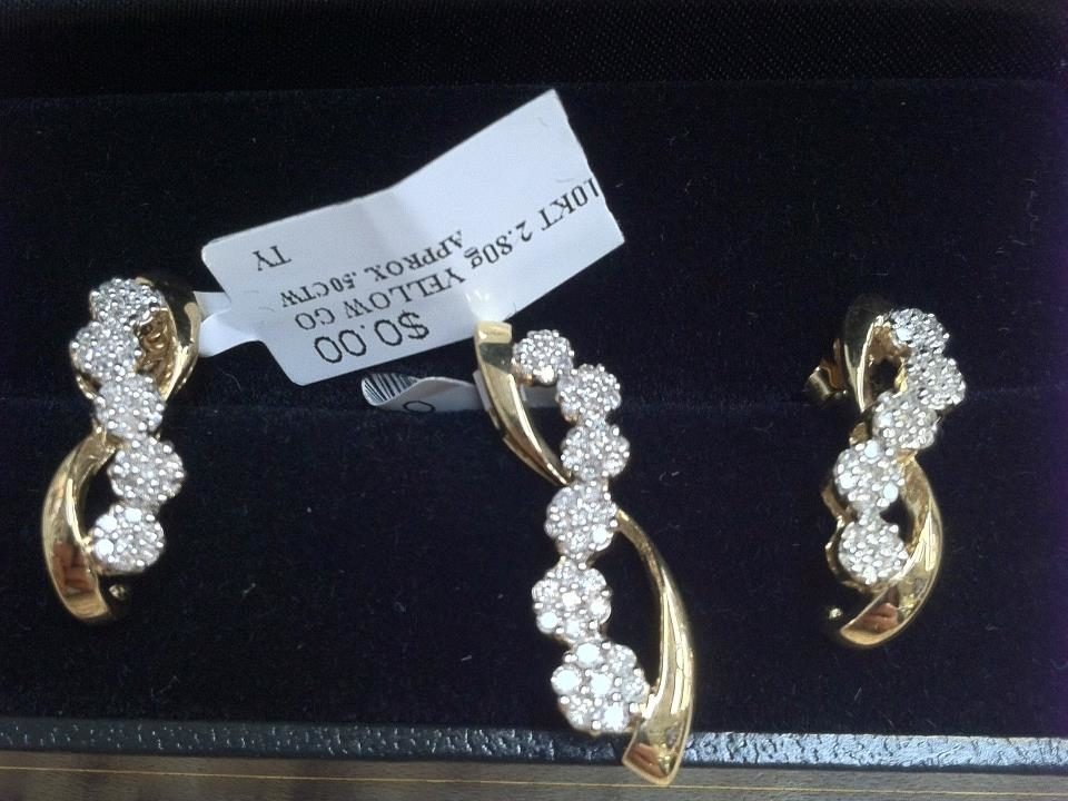 Golden nugget pawn jewelry en holiday fl quincea eras for Capital pawn gold jewelry buyers tampa fl