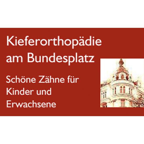 Bild zu Kieferorthopäde MSc Robert Schenk in Berlin