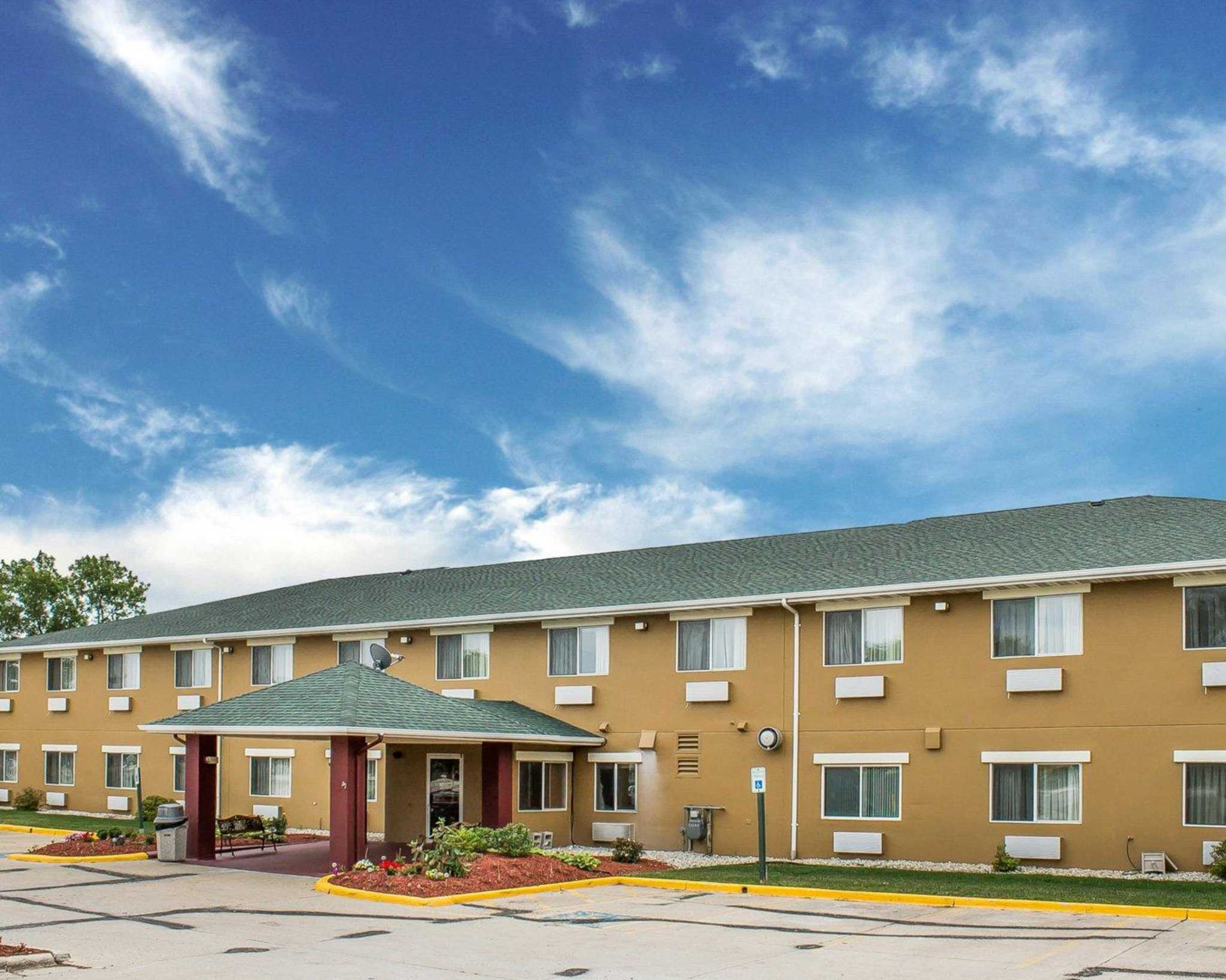 Hotels Near Manitowoc Wi