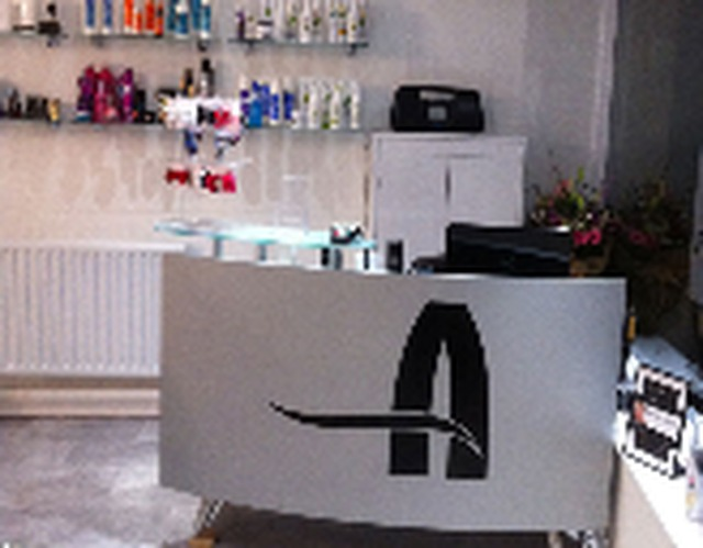 Allure hair beauty in aberdeen 1 craigiebuckler avenue for Aberdeen beauty salon