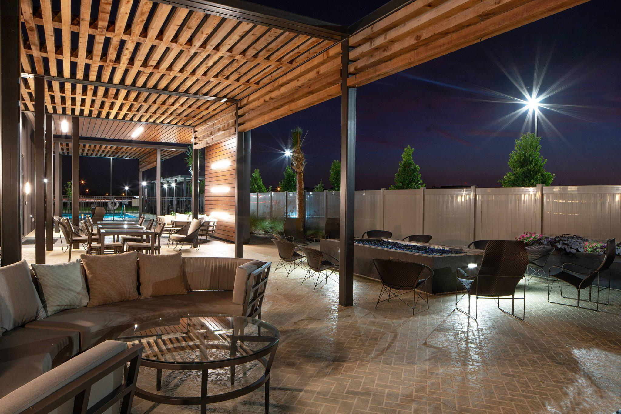 Courtyard by Marriott Lafayette South