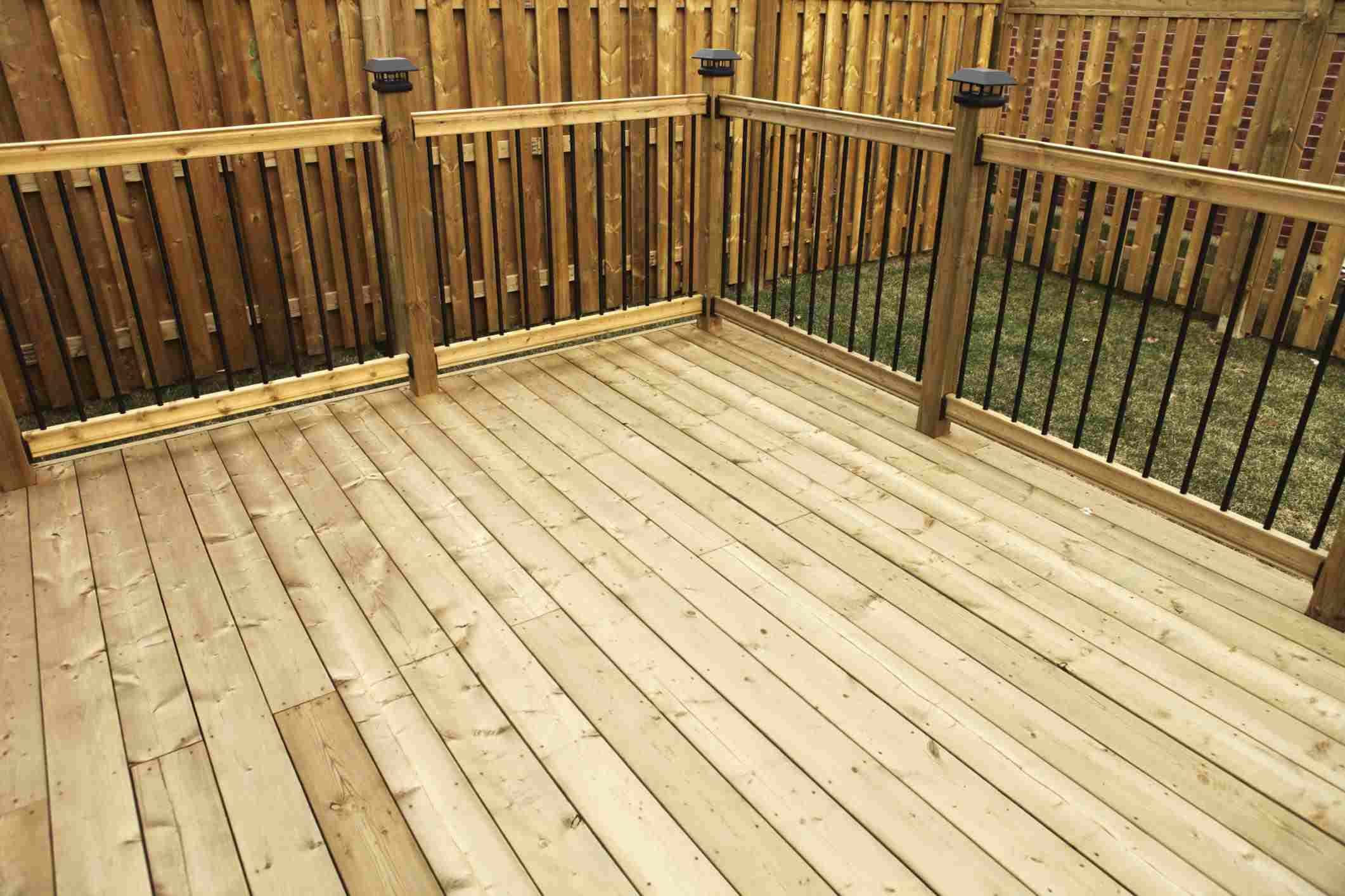 Deck Installation, Custom Decks Kissimmee, FL