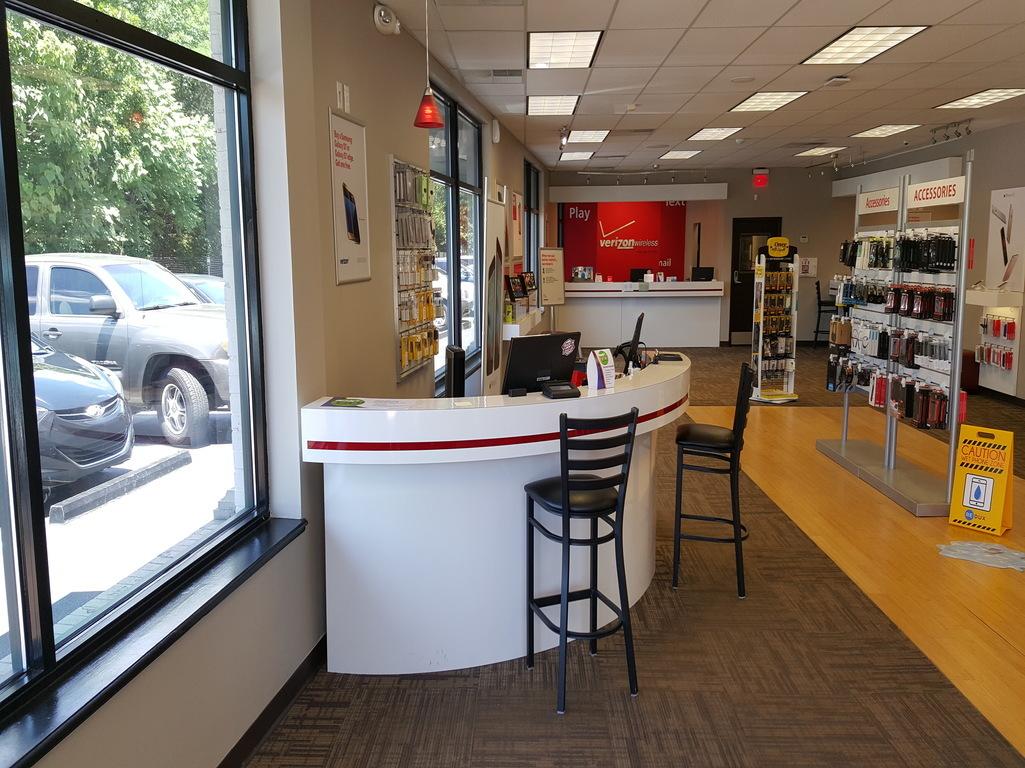 Verizon Authorized Retailer Tcc Coupons Near Me In New