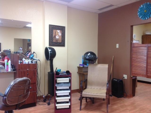 Gail 39 s shear magic in norwood young america mn 55368 - Hair salons minnesota ...