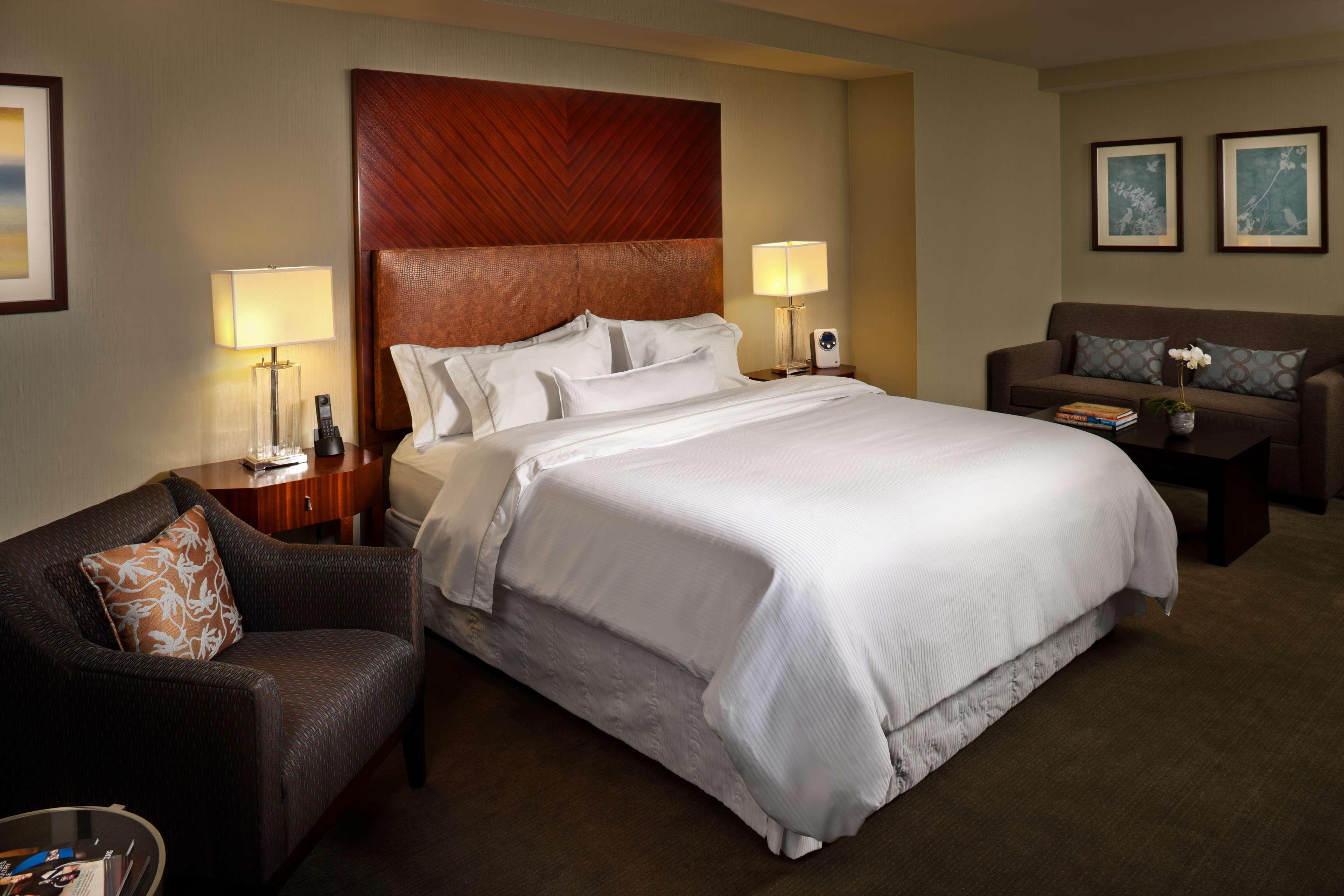 Premium Guest Room