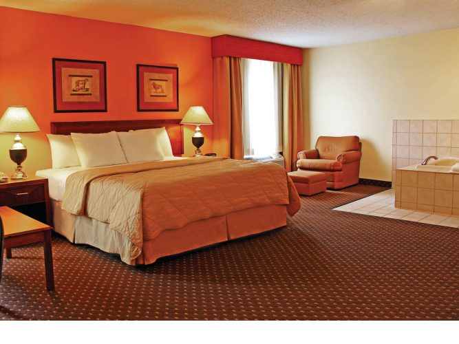Bloomington Il Hotels With Jacuzzi In Room