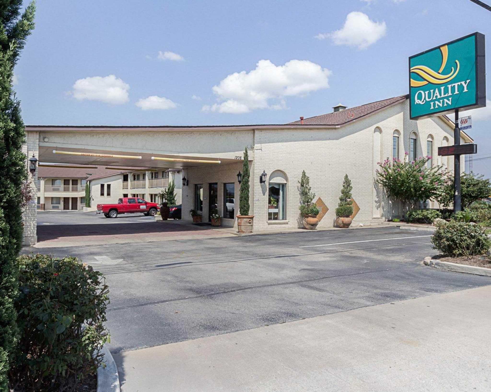 Quality Inn Near Lake Marble Falls Marble Falls Texas Tx