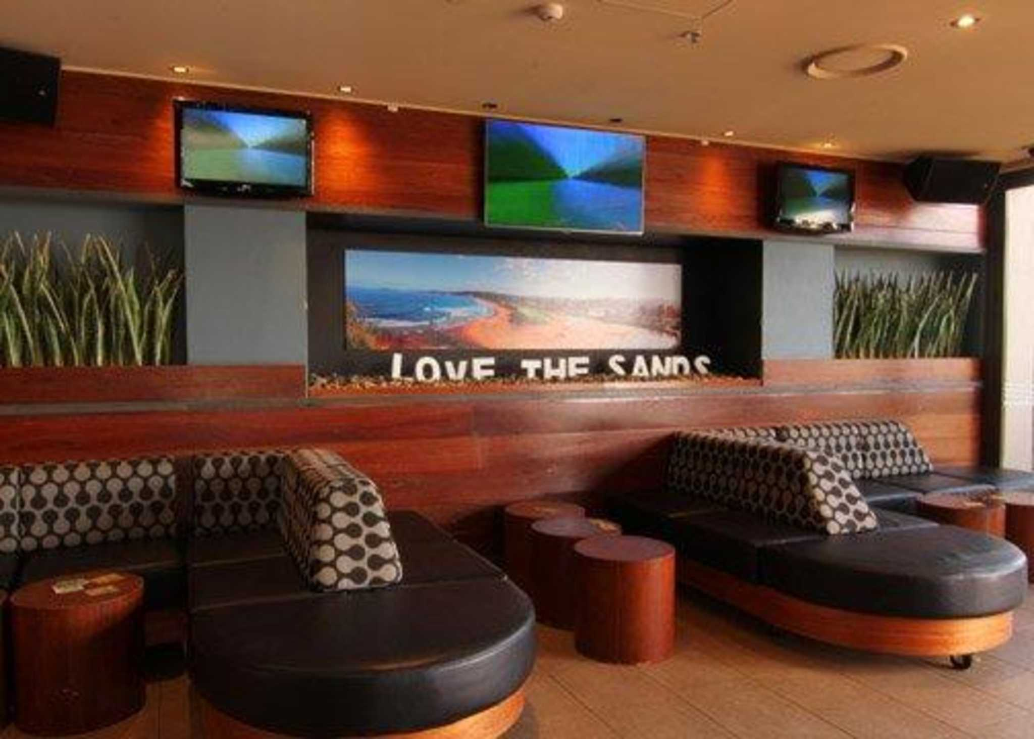 Quality Hotel Sands Narrabeen (02) 9970 8578