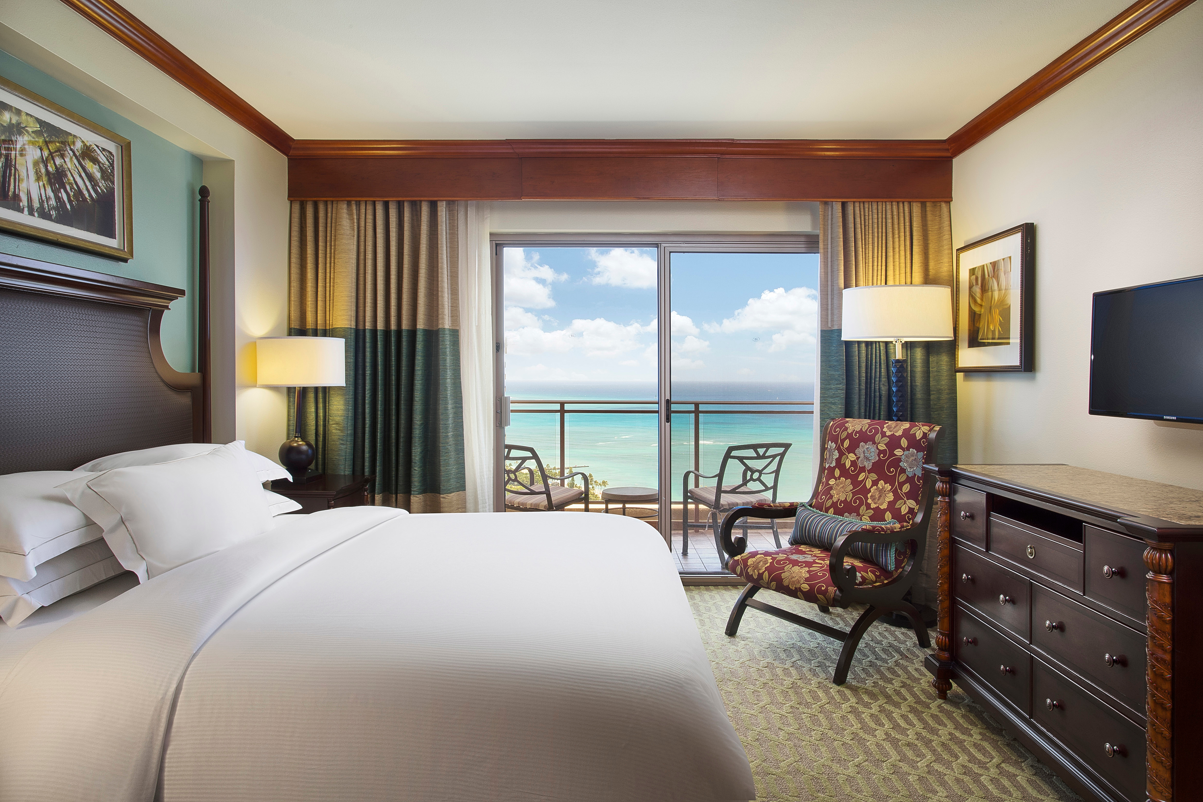 Grand waikikian by hilton grand vacations honolulu hawaii - 3 bedroom suites in honolulu hawaii ...