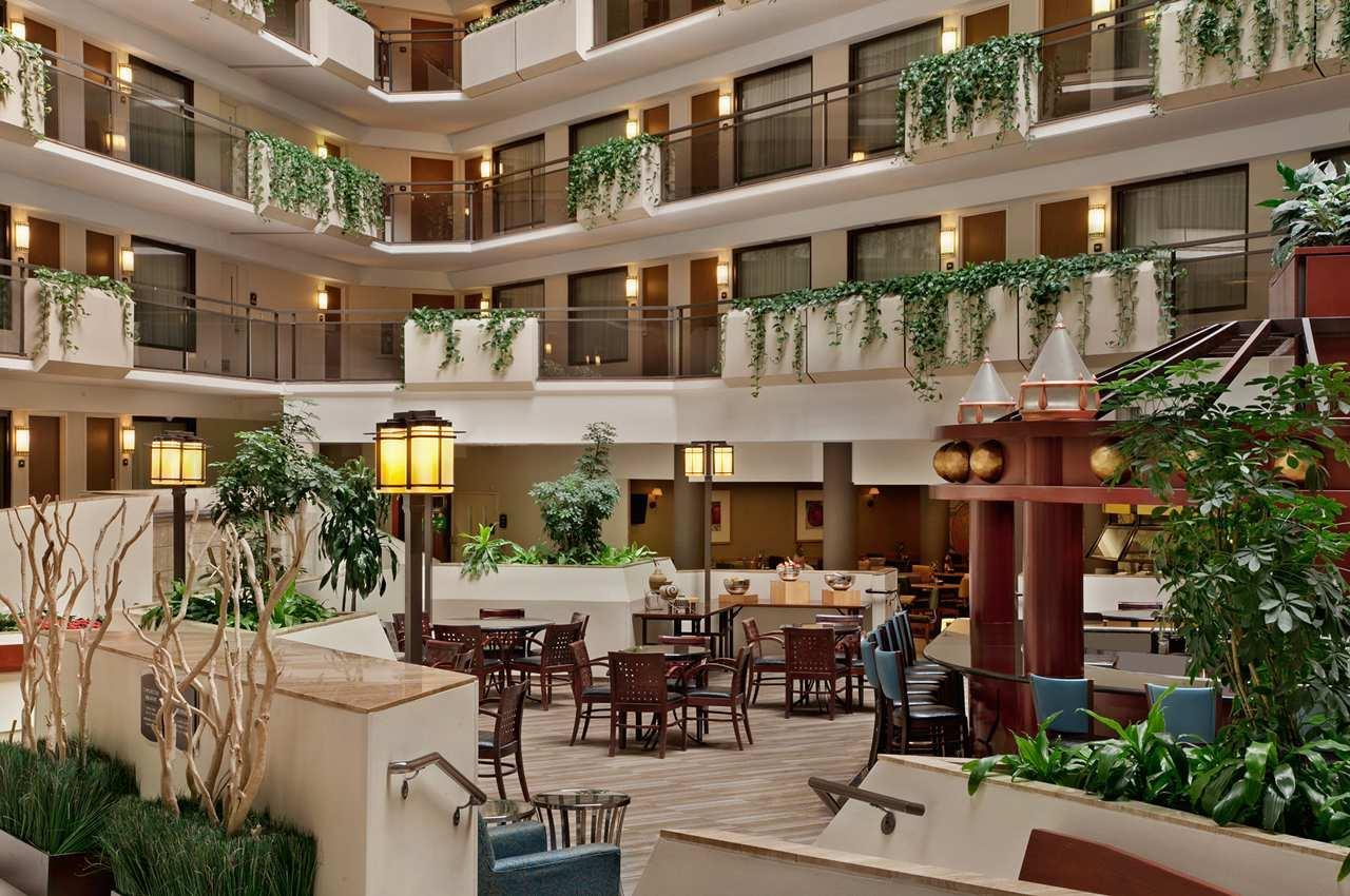 Embassy Suites By Hilton Kansas City Overland Park Overland Park Kansas Ks