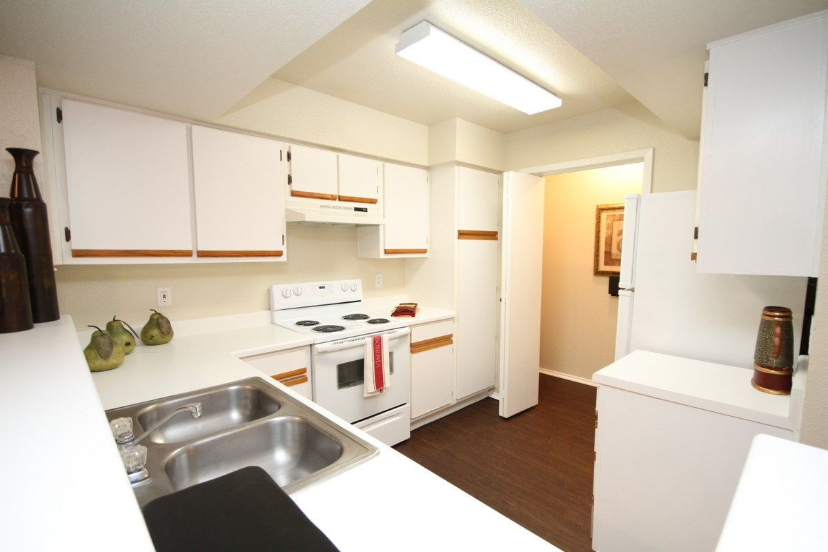 Rooms: The Bradford Apartments In Webster, TX 77598