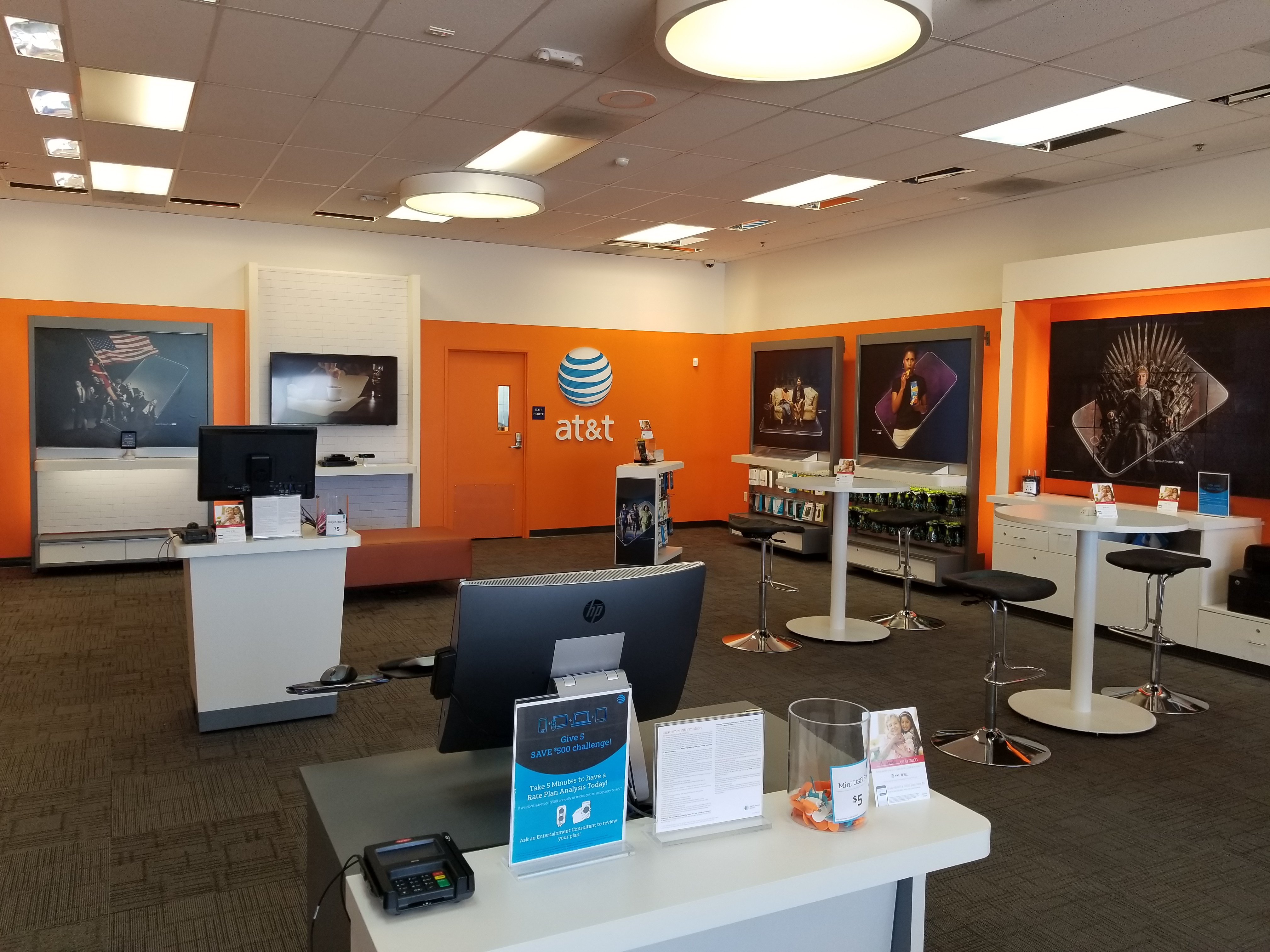 Looking for a new prepaid phone? Read reviews and complaints about AT&T Wireless, covering plan options, money-saving discounts and features.
