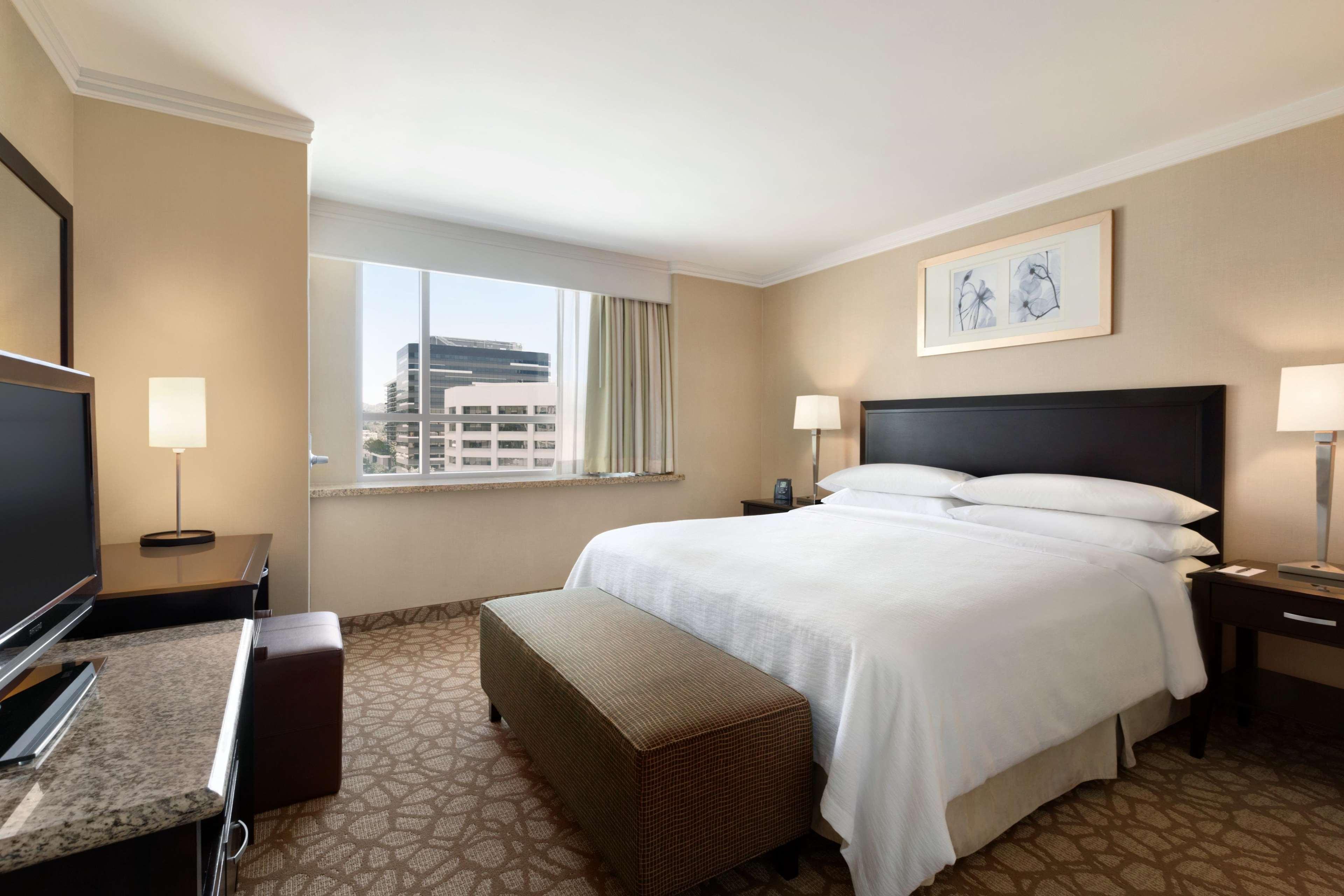 Room Suites In Glendale Ca