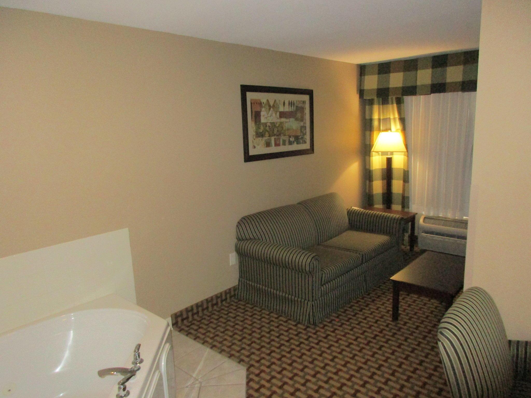 Holiday Inn Express O'Neill, an IHG Hotel