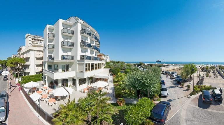Hotel oriente alberghi alberghi ristoranti milano - Hotel porta d oriente gallipoli telefono ...
