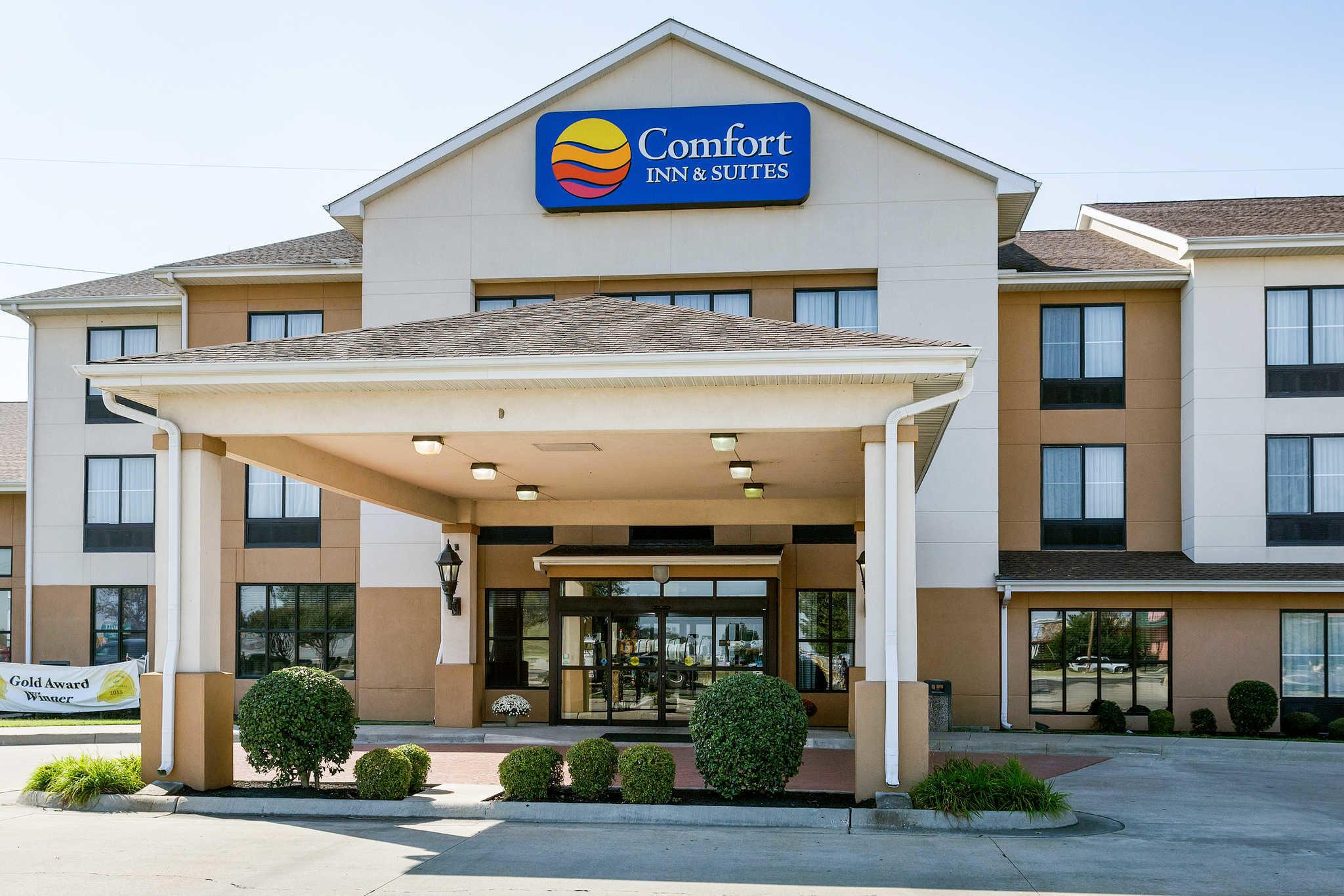 Comfort Inn  U0026 Suites  Blytheville Arkansas  Ar