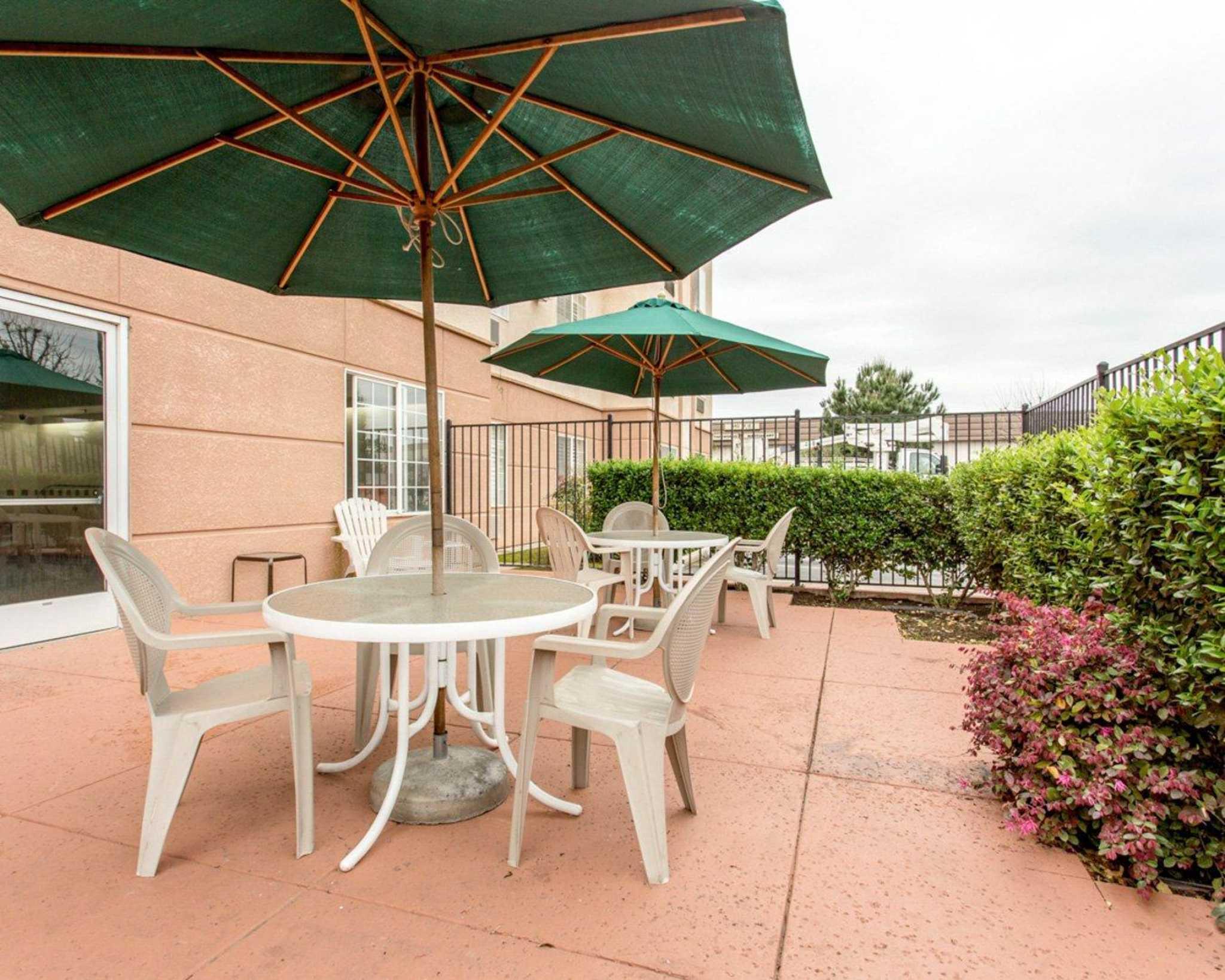Motel  Fresno Hwy  Fresno Ca