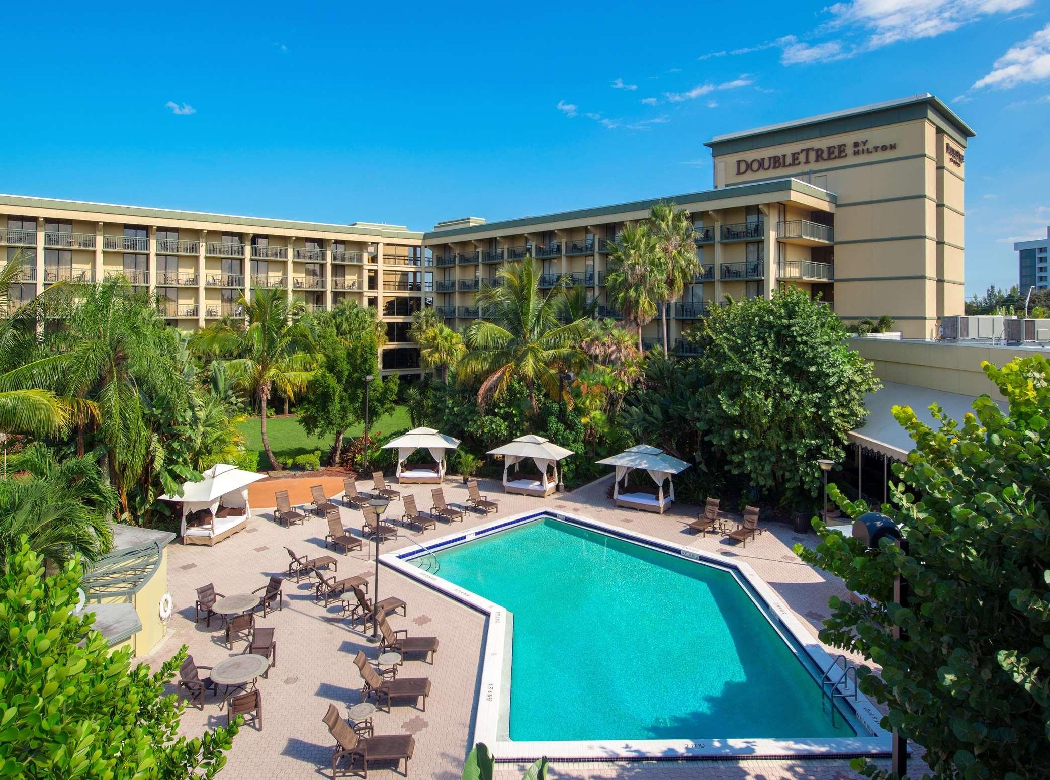 Doubletree By Hilton Hotel And Executive Meeting Center Palm Beach Gardens Palm Beach Gardens