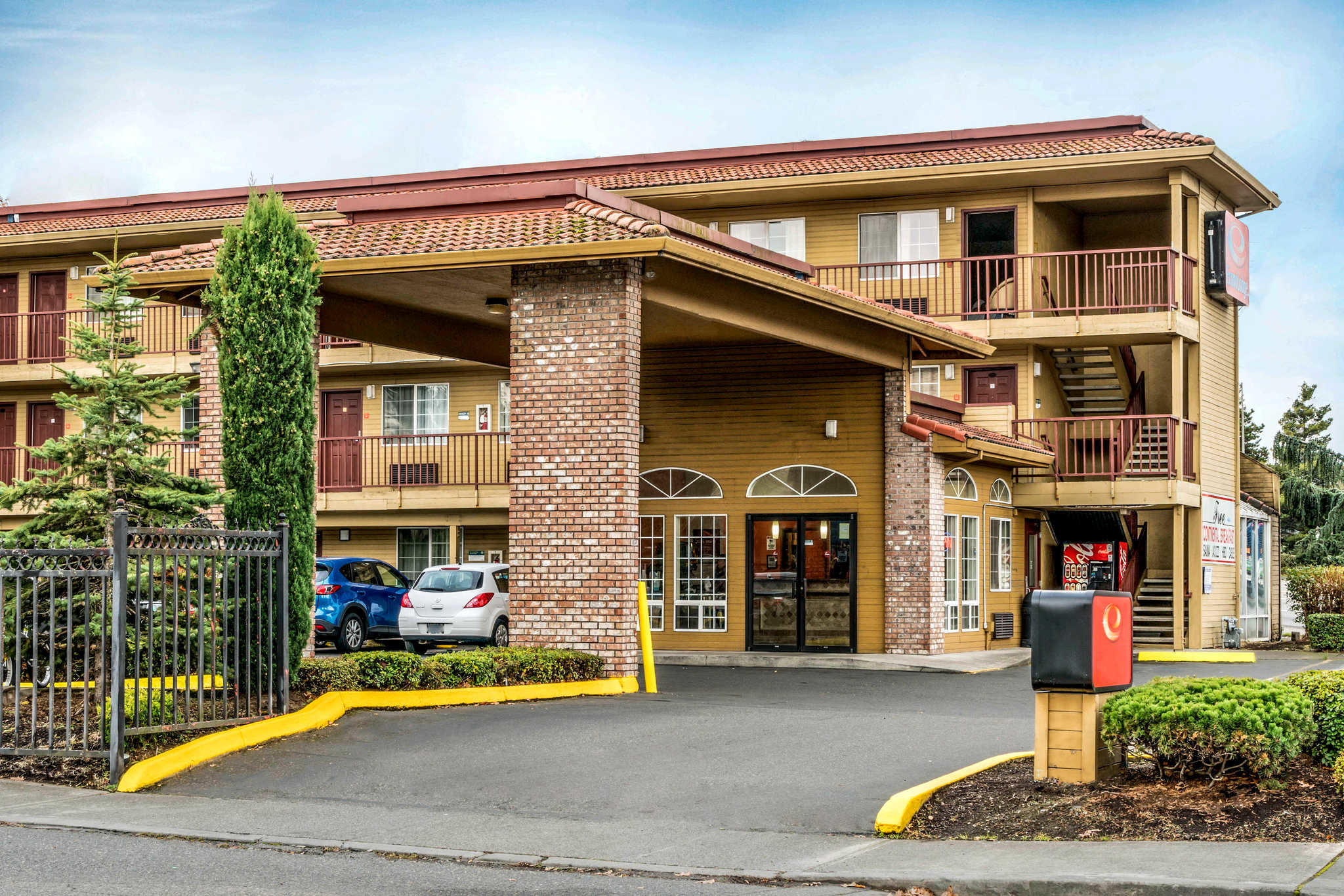 Pet Friendly Hotels Near Portland Oregon