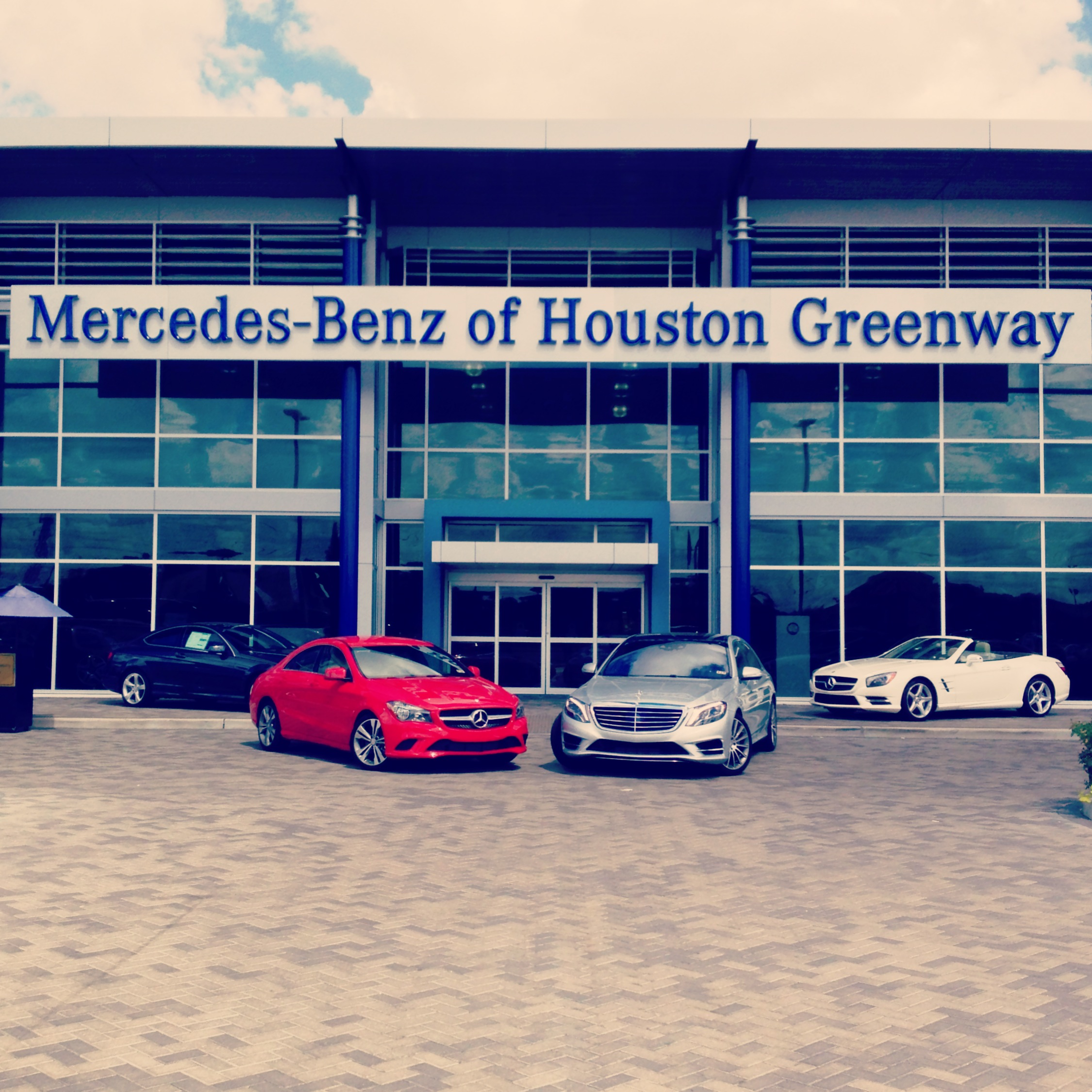 Mercedes benz of houston greenway houston texas tx for Mercedes benz service centre