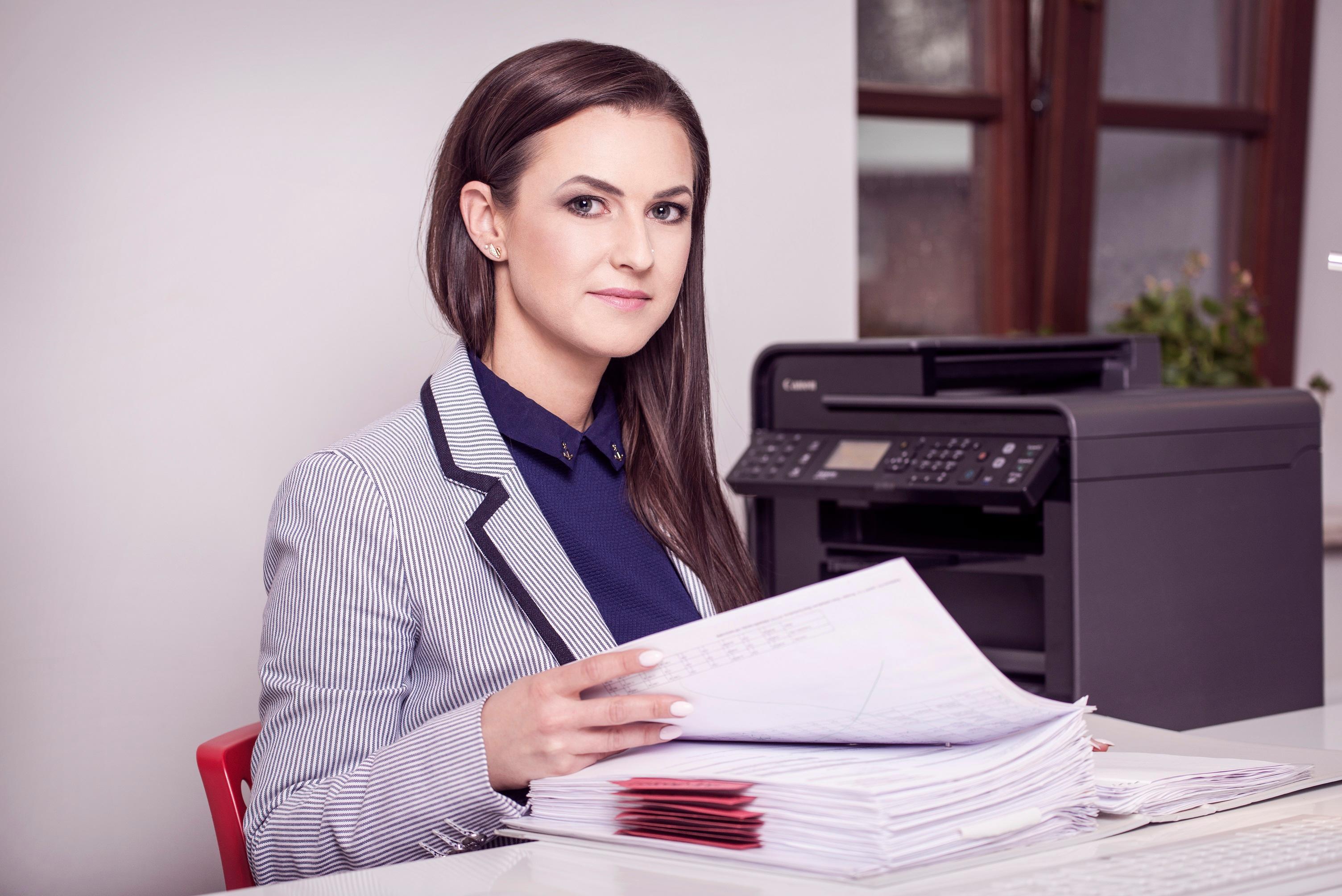 Работа бухгалтер запорожье может ли учредитель оказывать бухгалтерские услуги как ип