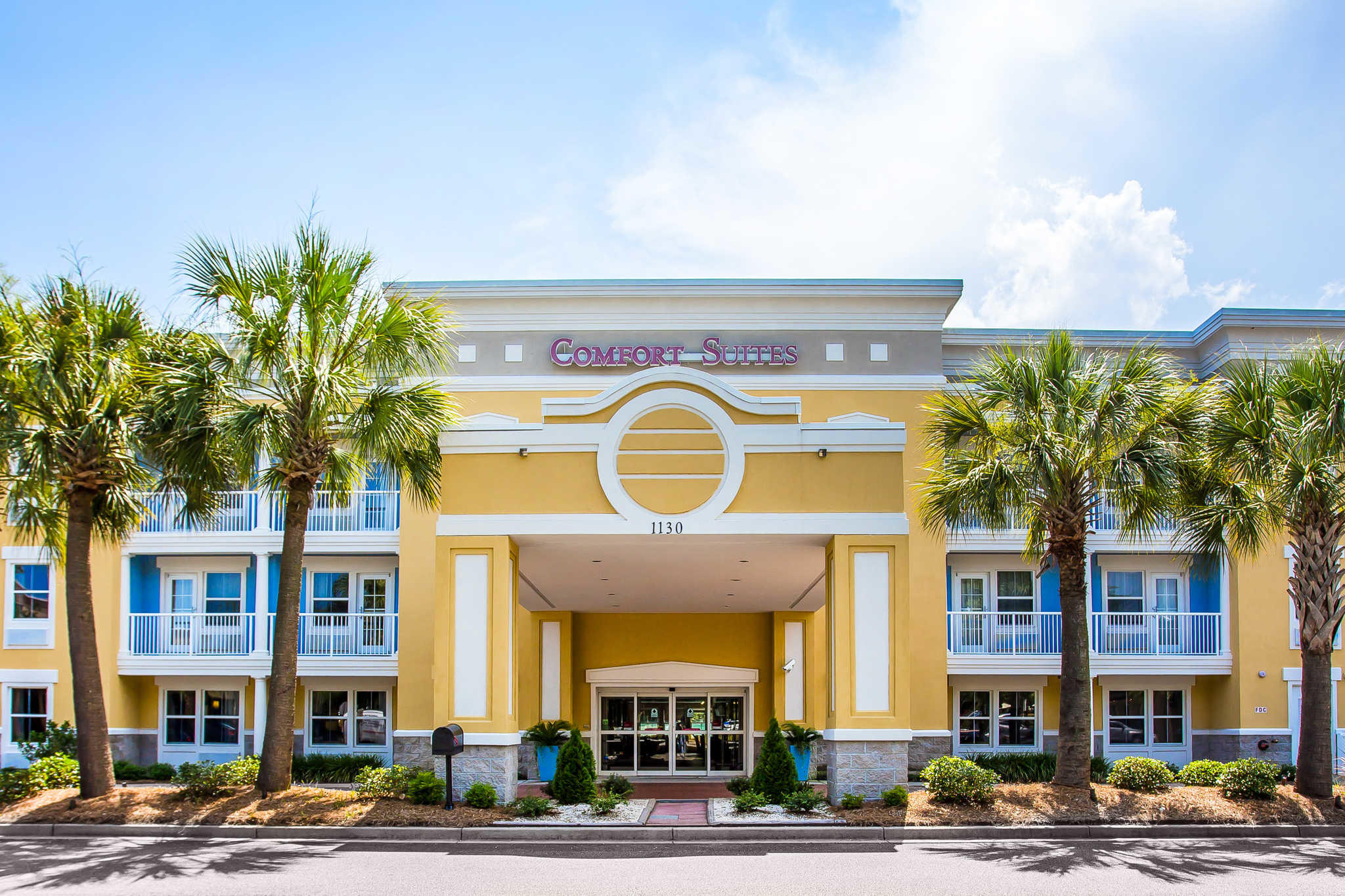 Comfort Suites At Isle Of Palms Connector Coupons near me ...